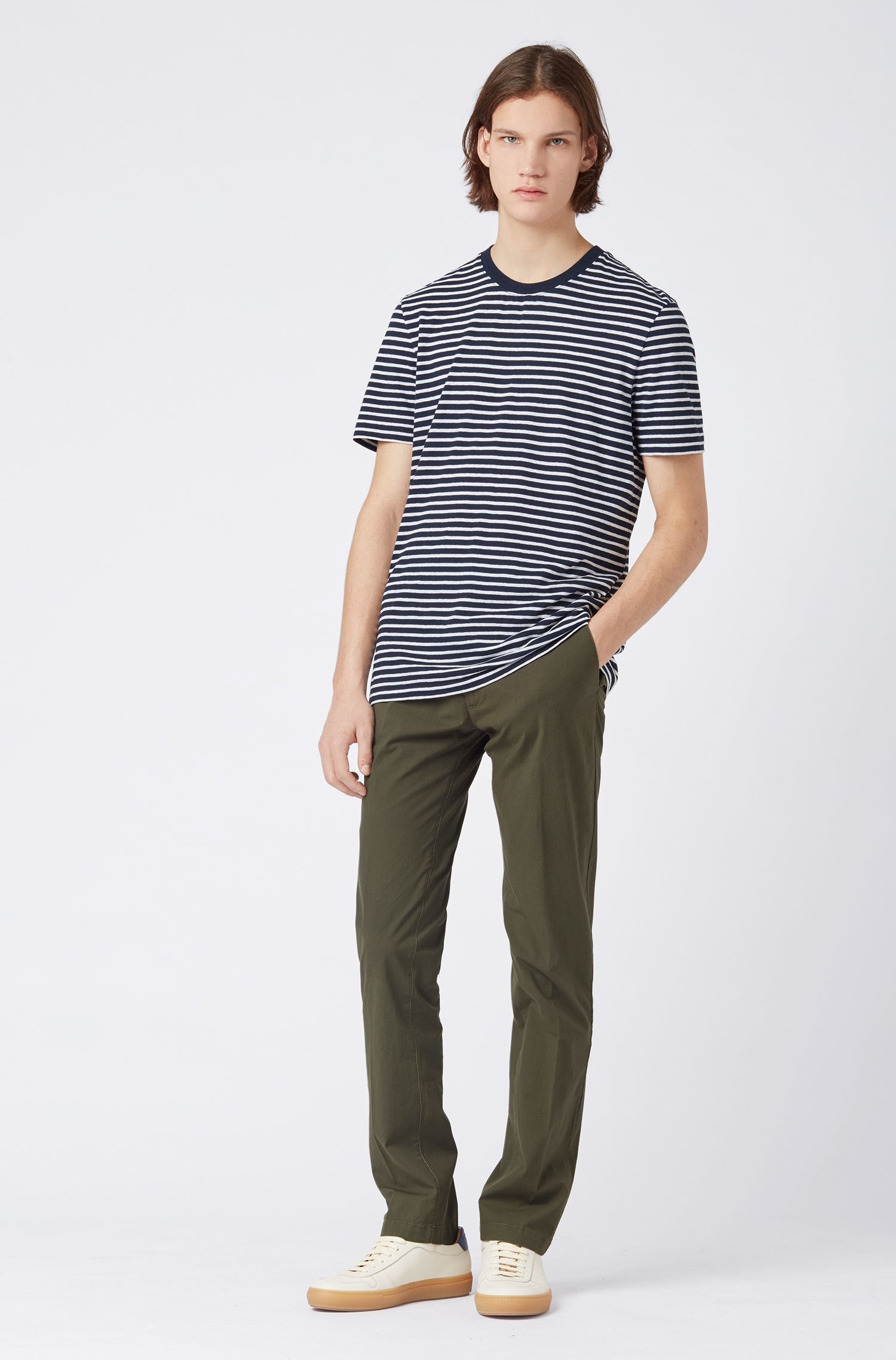 Chino Slim Fit en coton stretch, à rayures fines, Vert sombre
