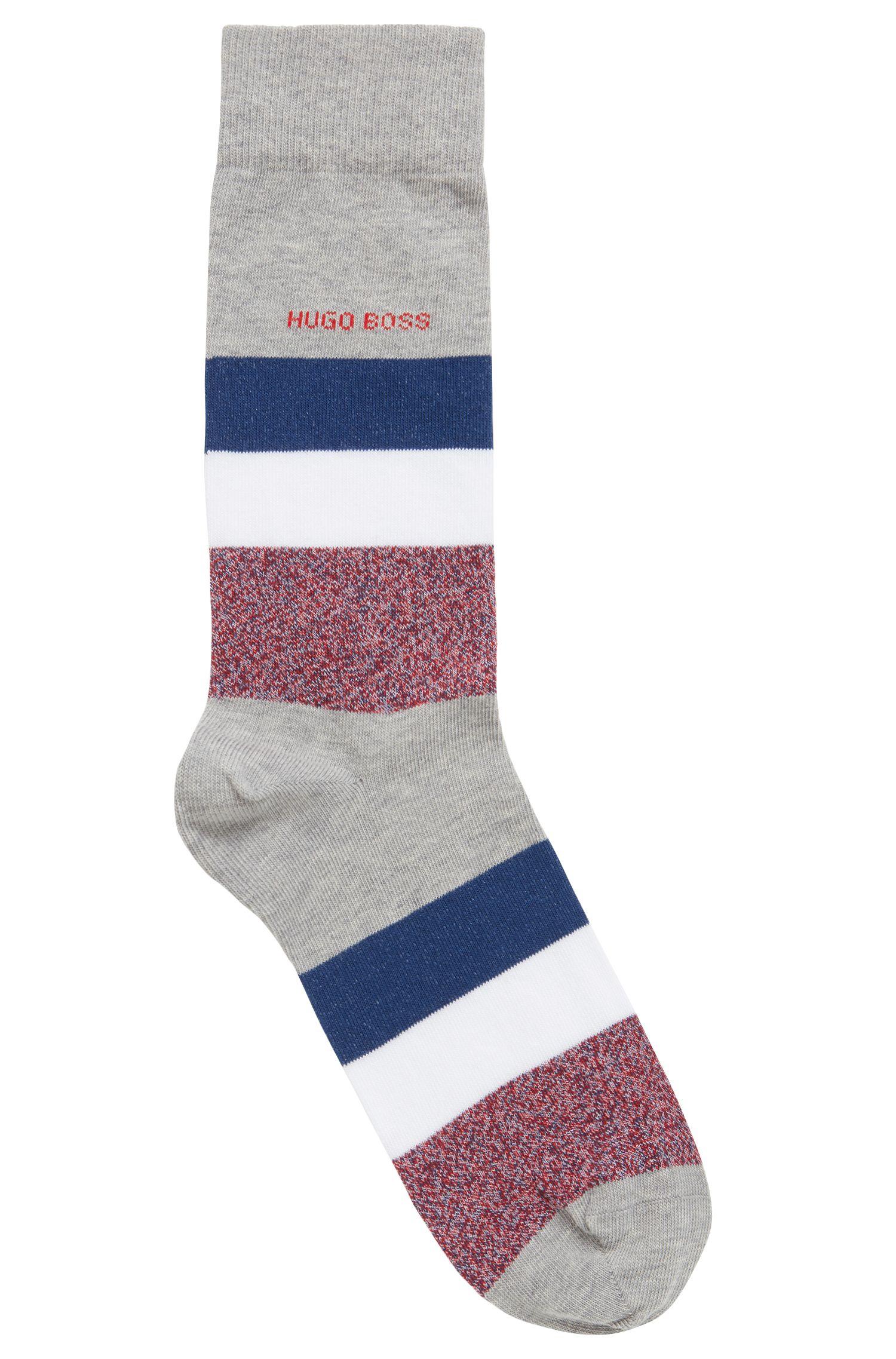 Mittelhohe Socken mit Blockstreifen, Silber