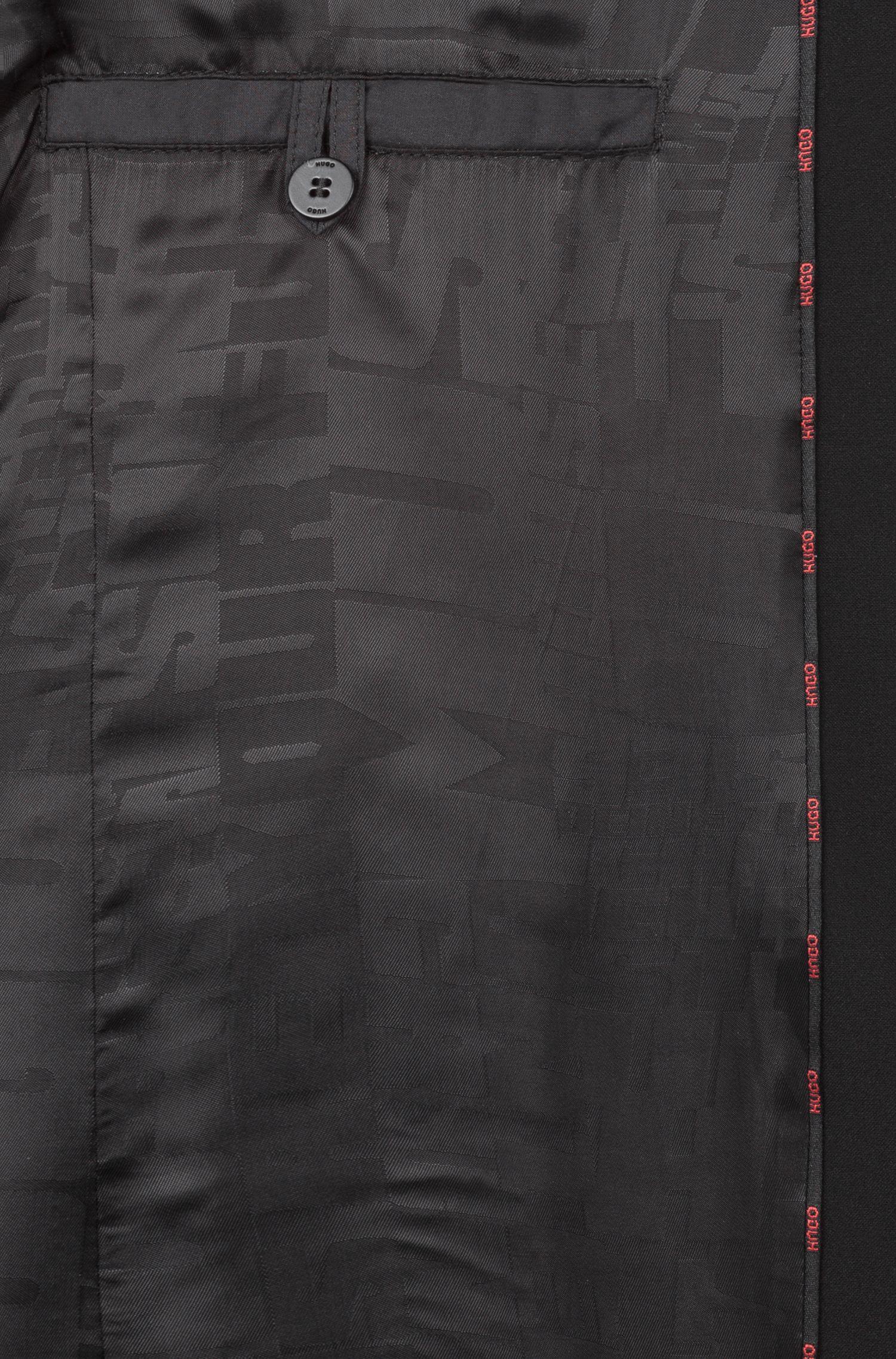 Jacke mit Reißverschluss und Logo-Tape an den Schultern, Schwarz