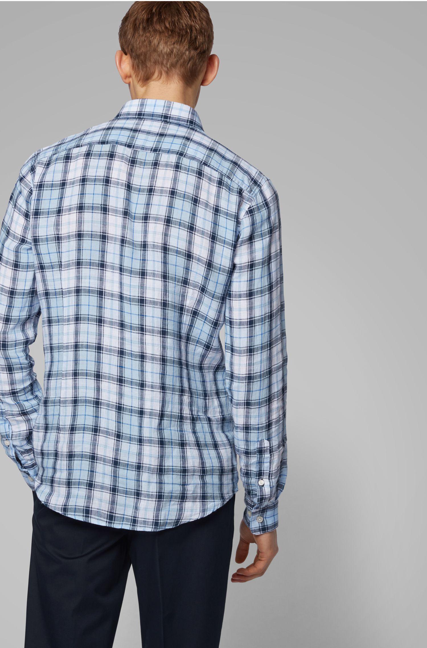 Chemise Slim Fit en lin à motif carreaux exclusif, Bleu vif