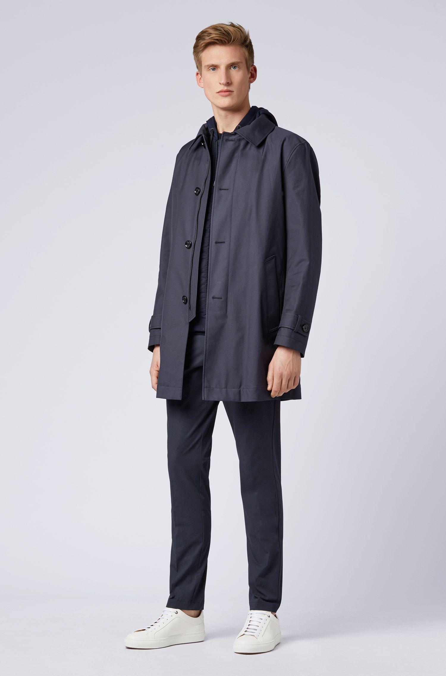 Slim-Fit Chino aus italienischer Stretch-Baumwolle mit Reißverschlusstaschen, Dunkelblau