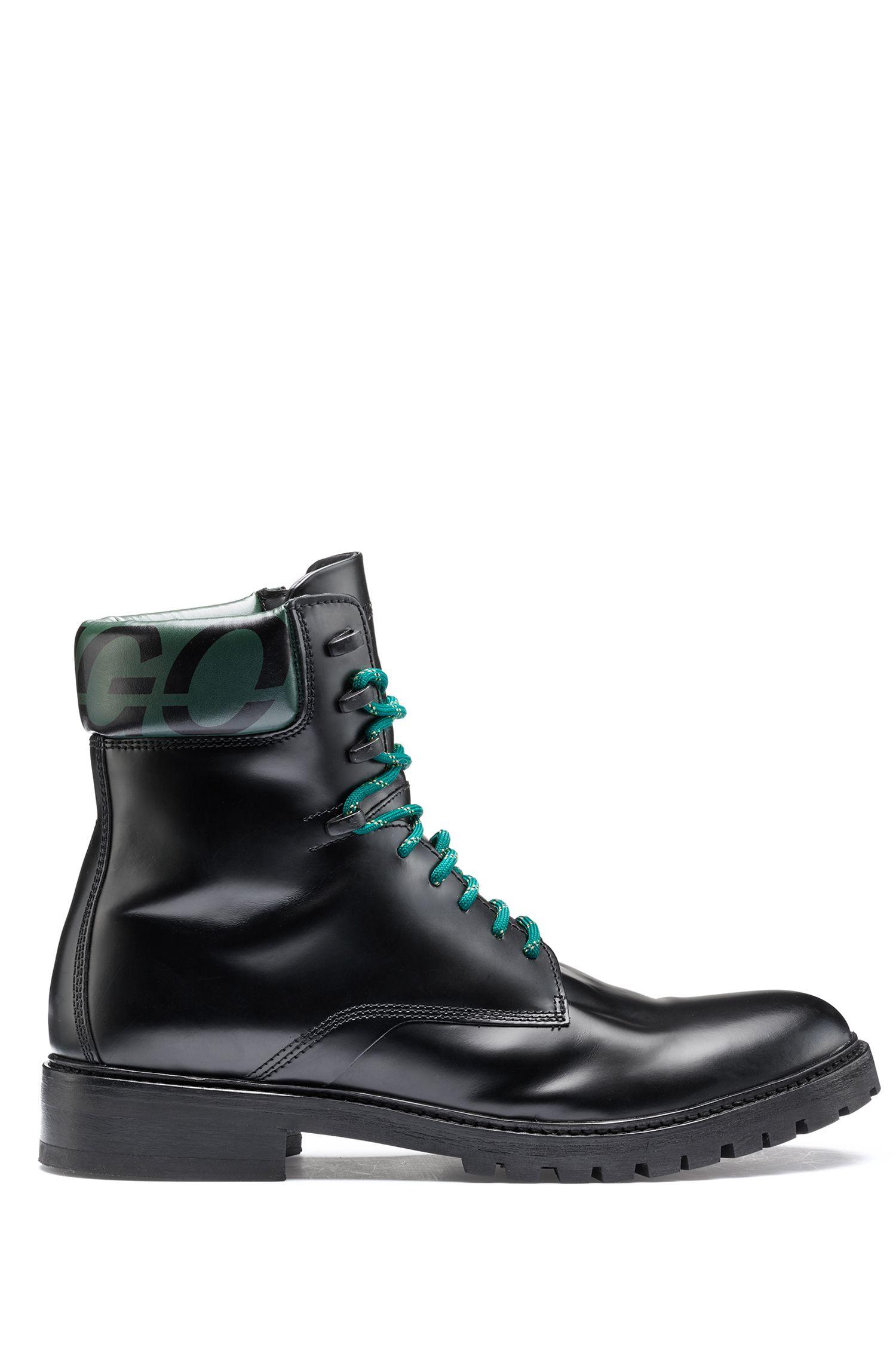 Boots à logo de la collection capsule Bits & Bytes, en cuir brossé, Noir
