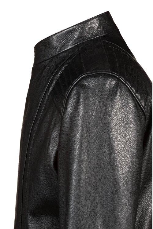Hugo Boss - Lederjacke mit abgesteppten Schultern und asymmetrischem Reißverschluss - 5