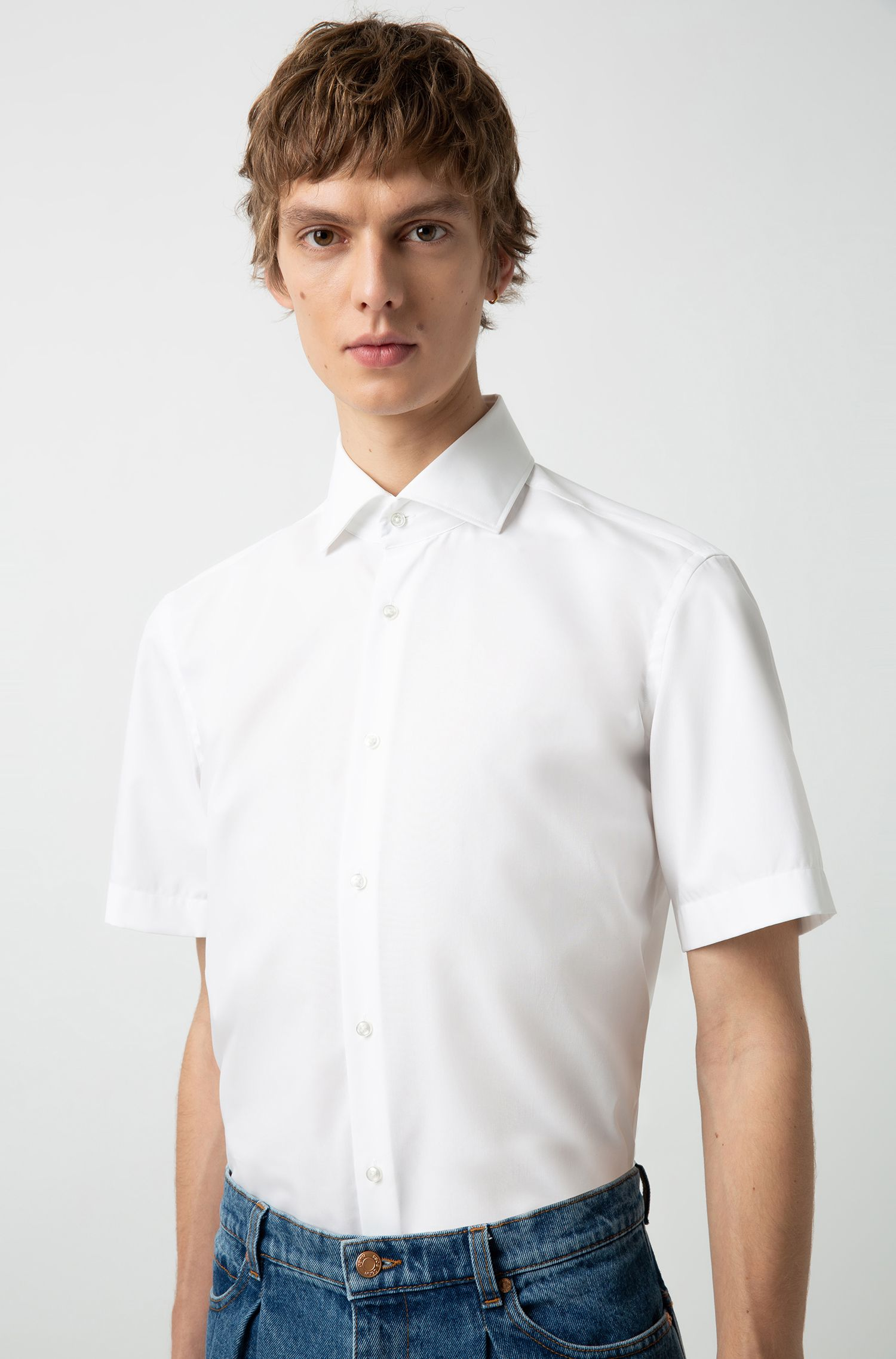 Short-sleeved shirt in cotton poplin with spread collar, White