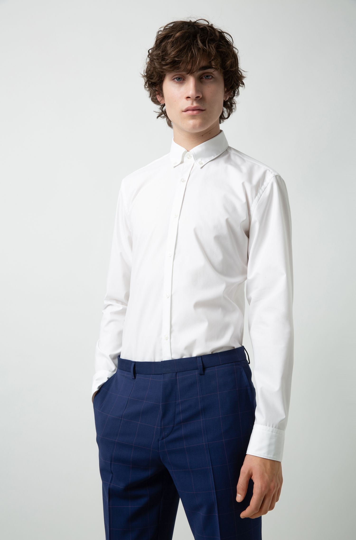 Slim-fit shirt in cotton with button-down collar, White