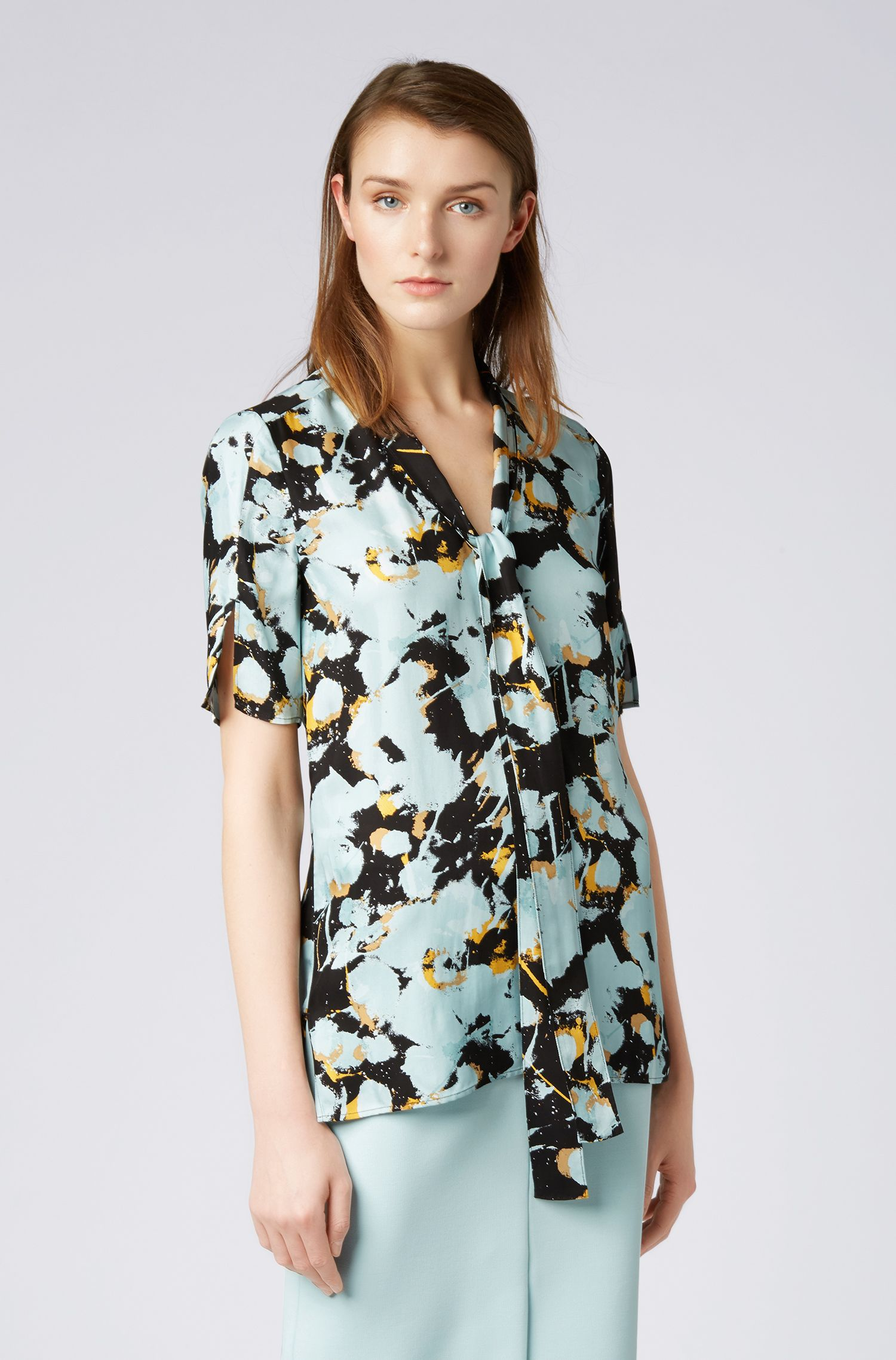 Floral-print top with tie neck, Patterned