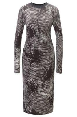 e8acb7444d02 Kariertes Langarm-Kleid mit geraffter Taille