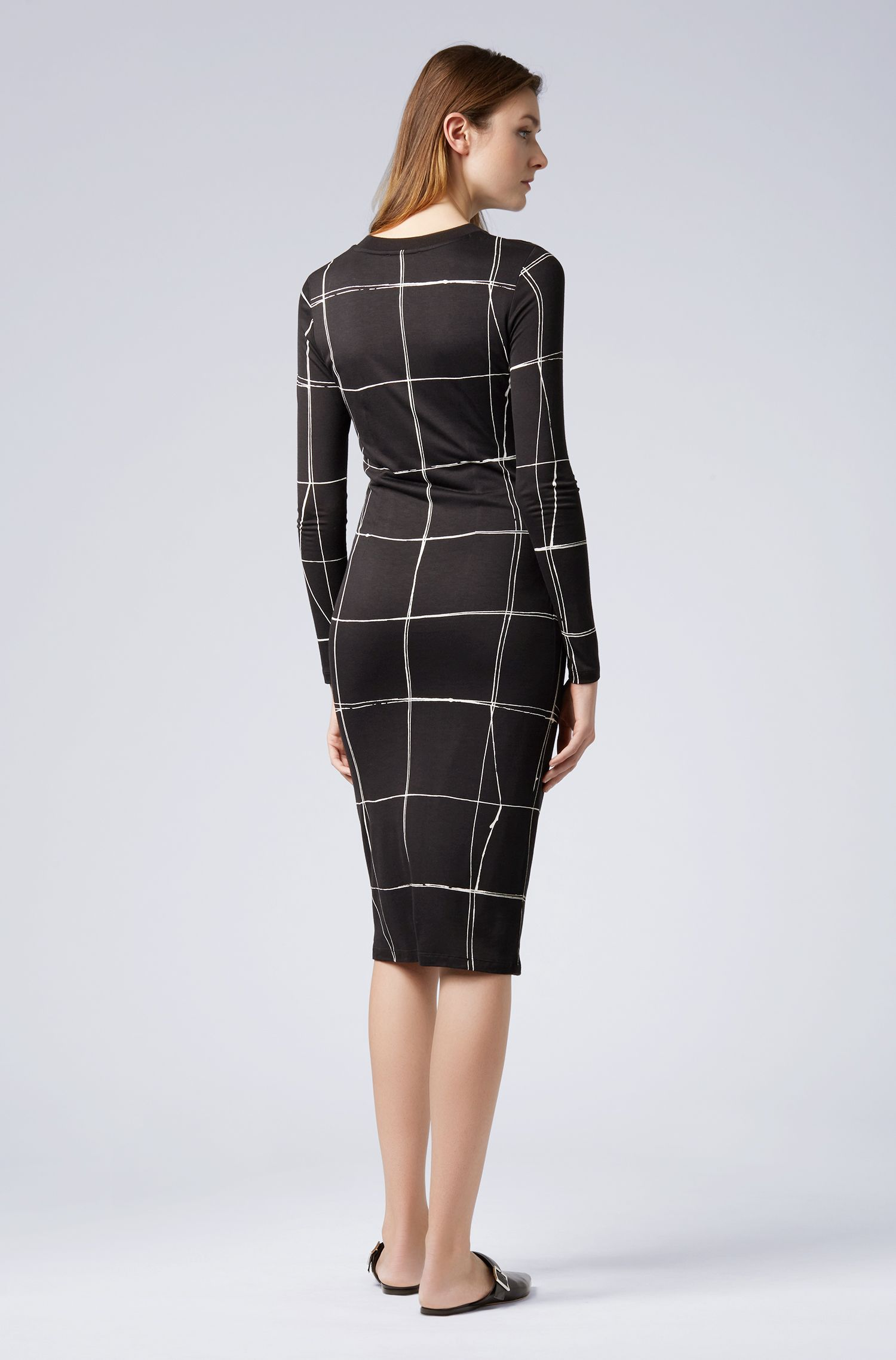 Long-sleeved checked dress with gathered waist, Patterned