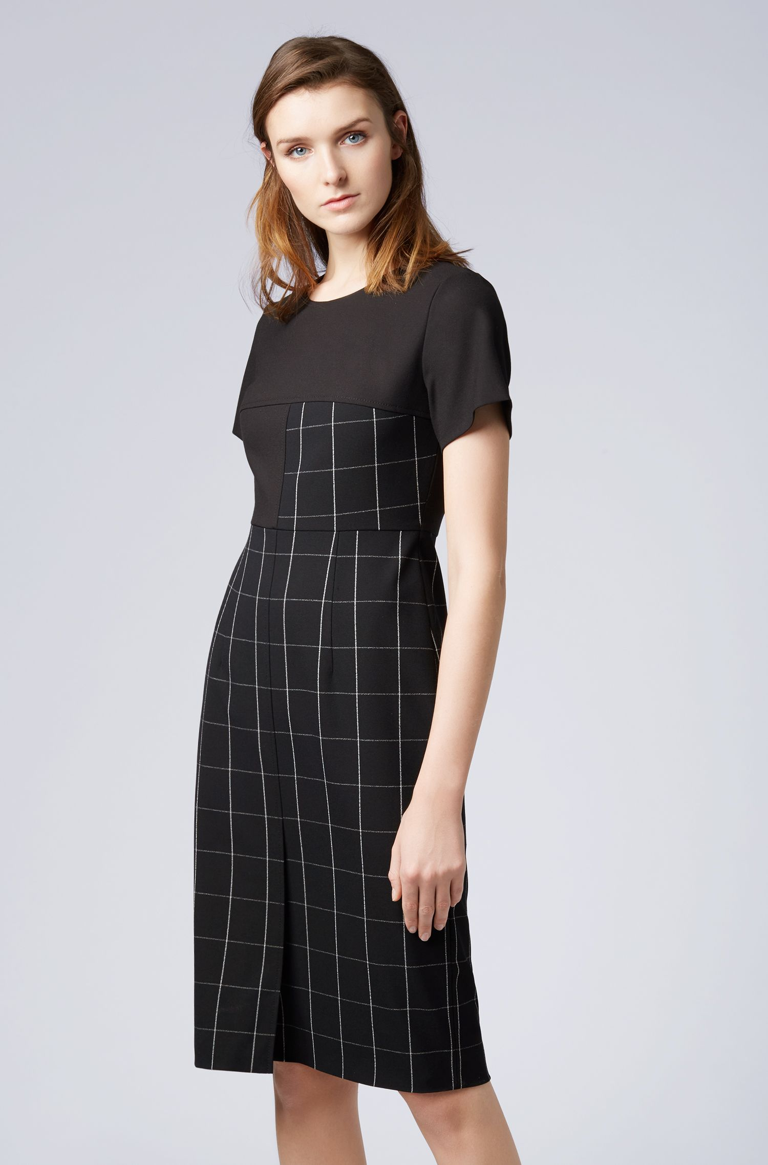 Shift dress in checked fabric with solid-colour sleeves, Patterned