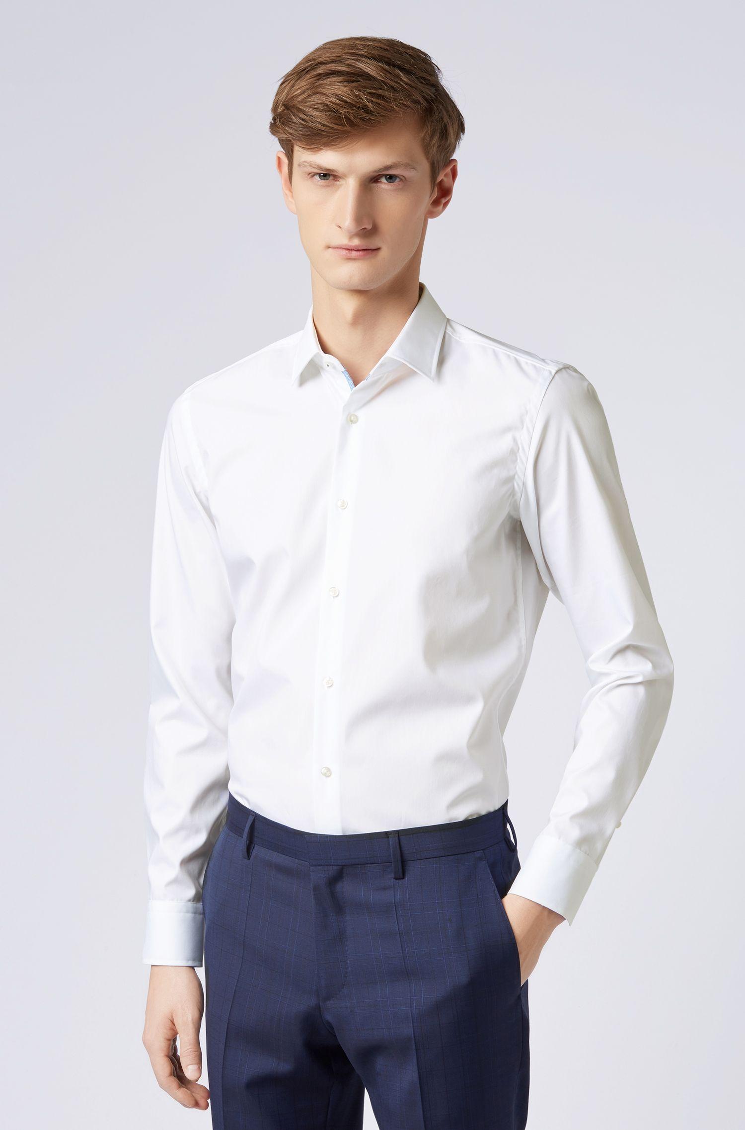 Chemise Slim Fit facile à repasser avec finitions intérieures contrastantes, Blanc
