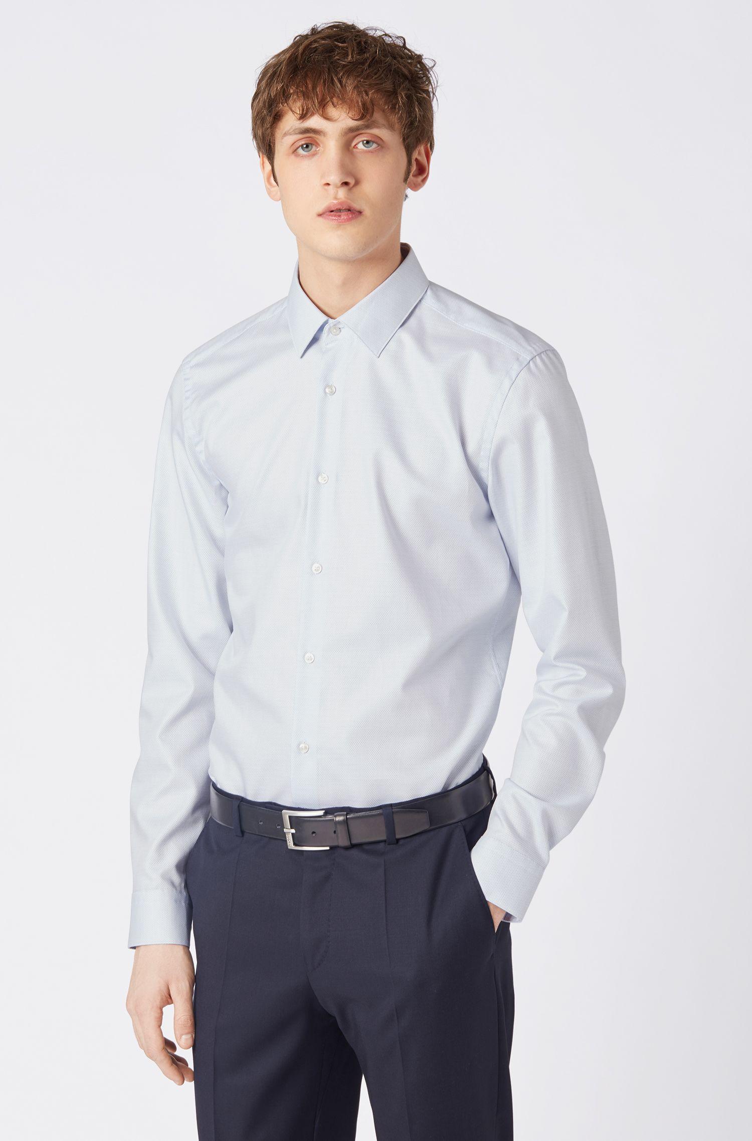 Travel Line Slim-Fit Hemd aus Baumwolle mit Aloe-Vera-Finish, Hellblau