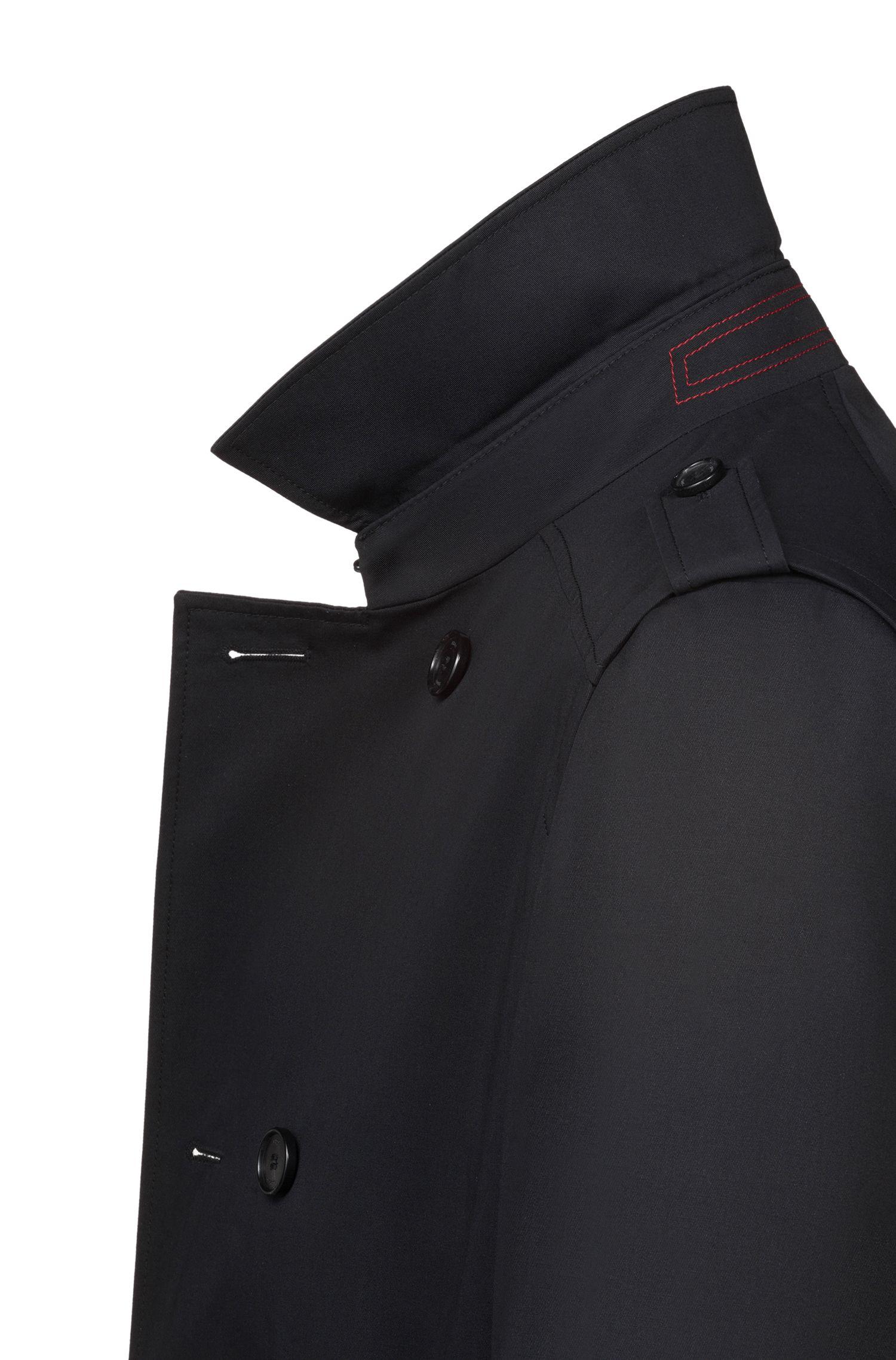 Trenchcoat met twee rijen knopen en waterafstotende buitenkant, Zwart