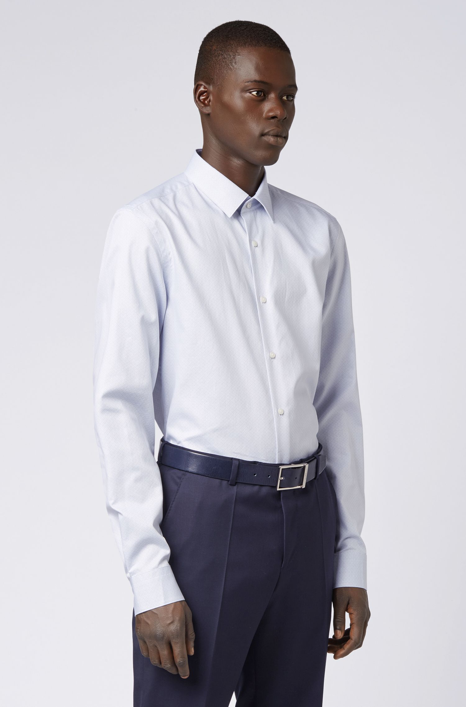 Slim-Fit Hemd aus italienischer Baumwolle mit Rauten-Muster, Blau