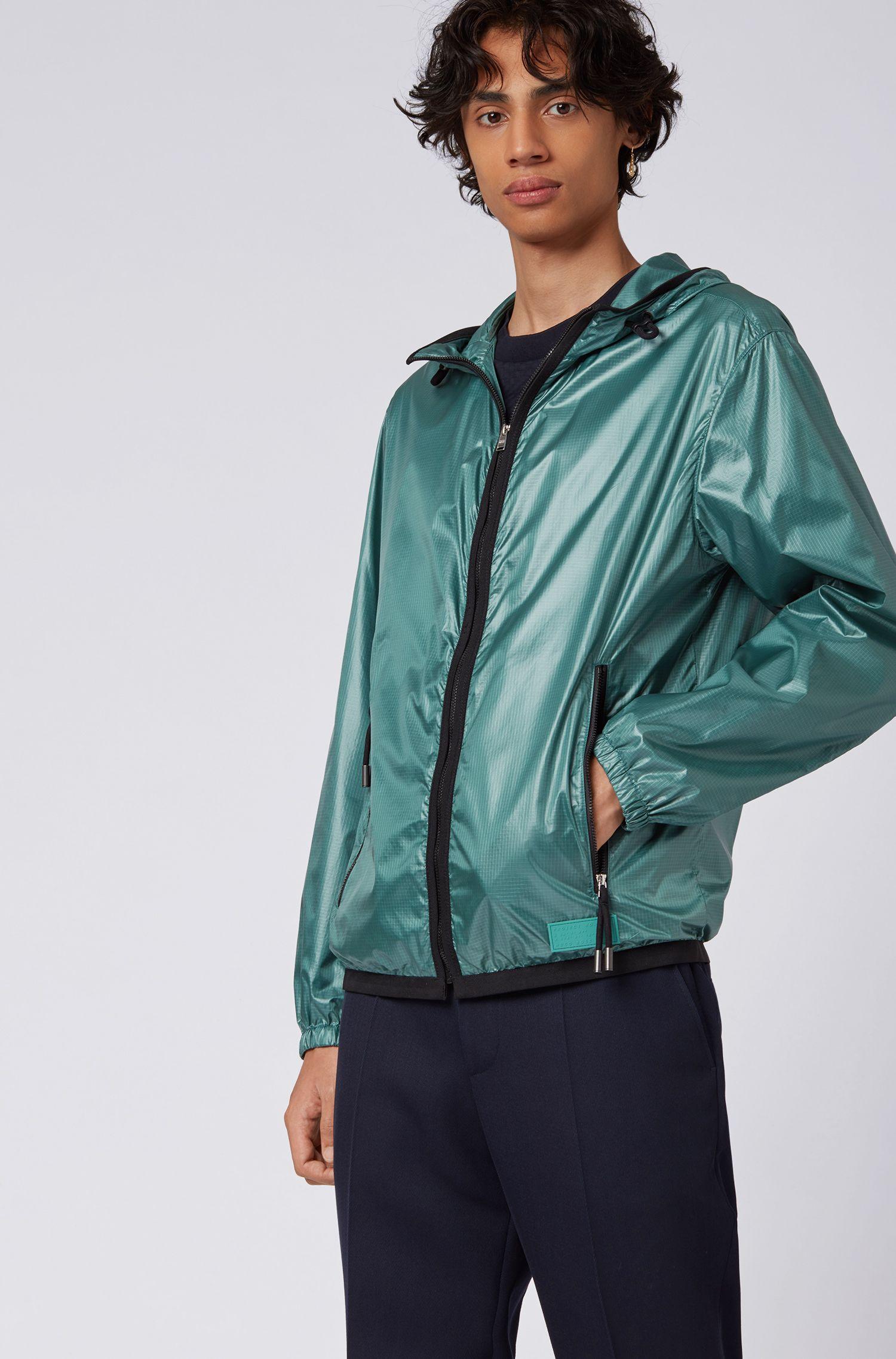 Coupe-vent à capuche en tissu léger à la finition brillante, Vert