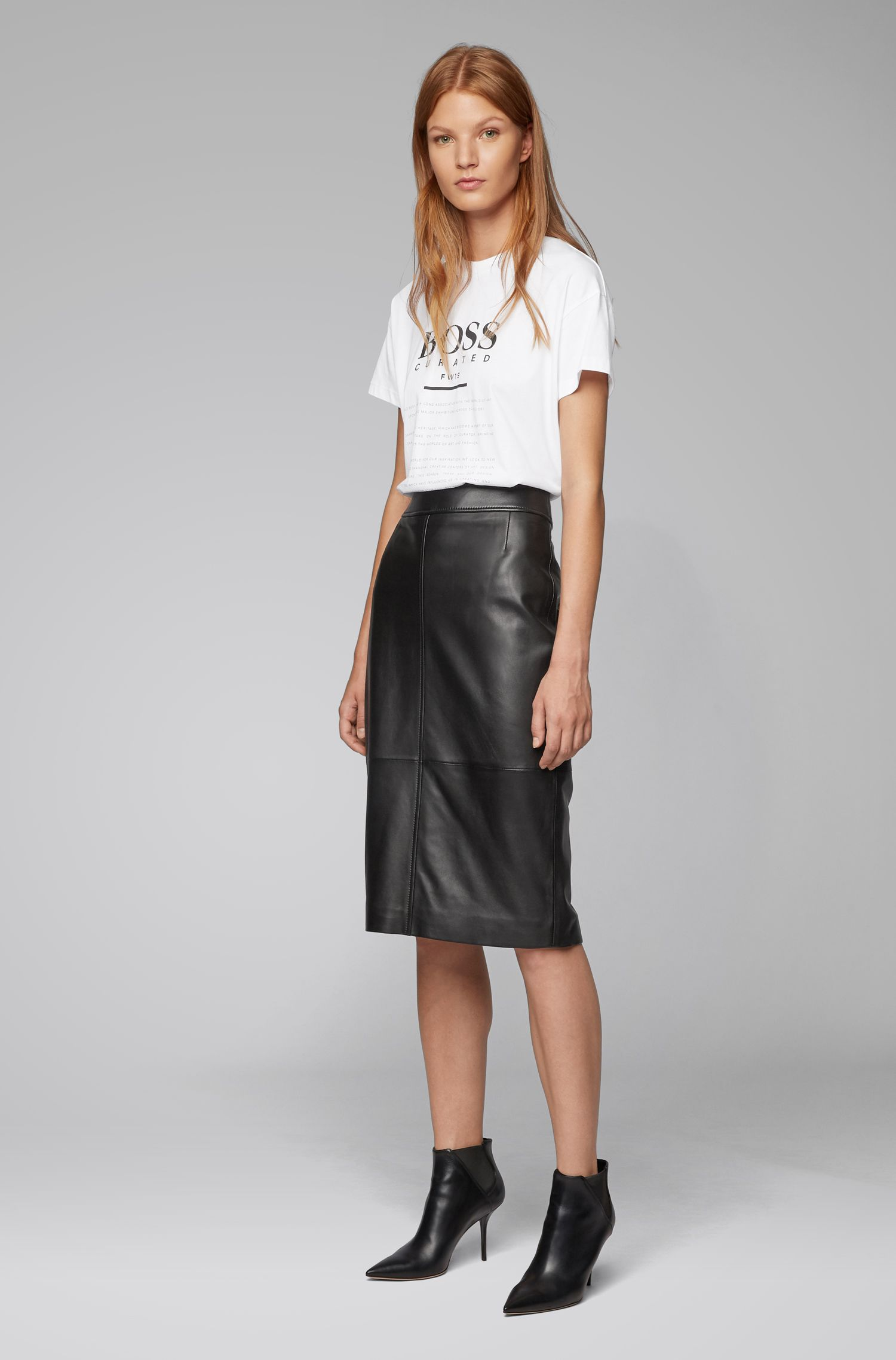 Regular-fit pencil skirt in lambskin, Black