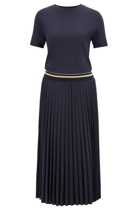 Vestito stile T-shirt con gonna plissé e fascia a coste in vita, Blu scuro