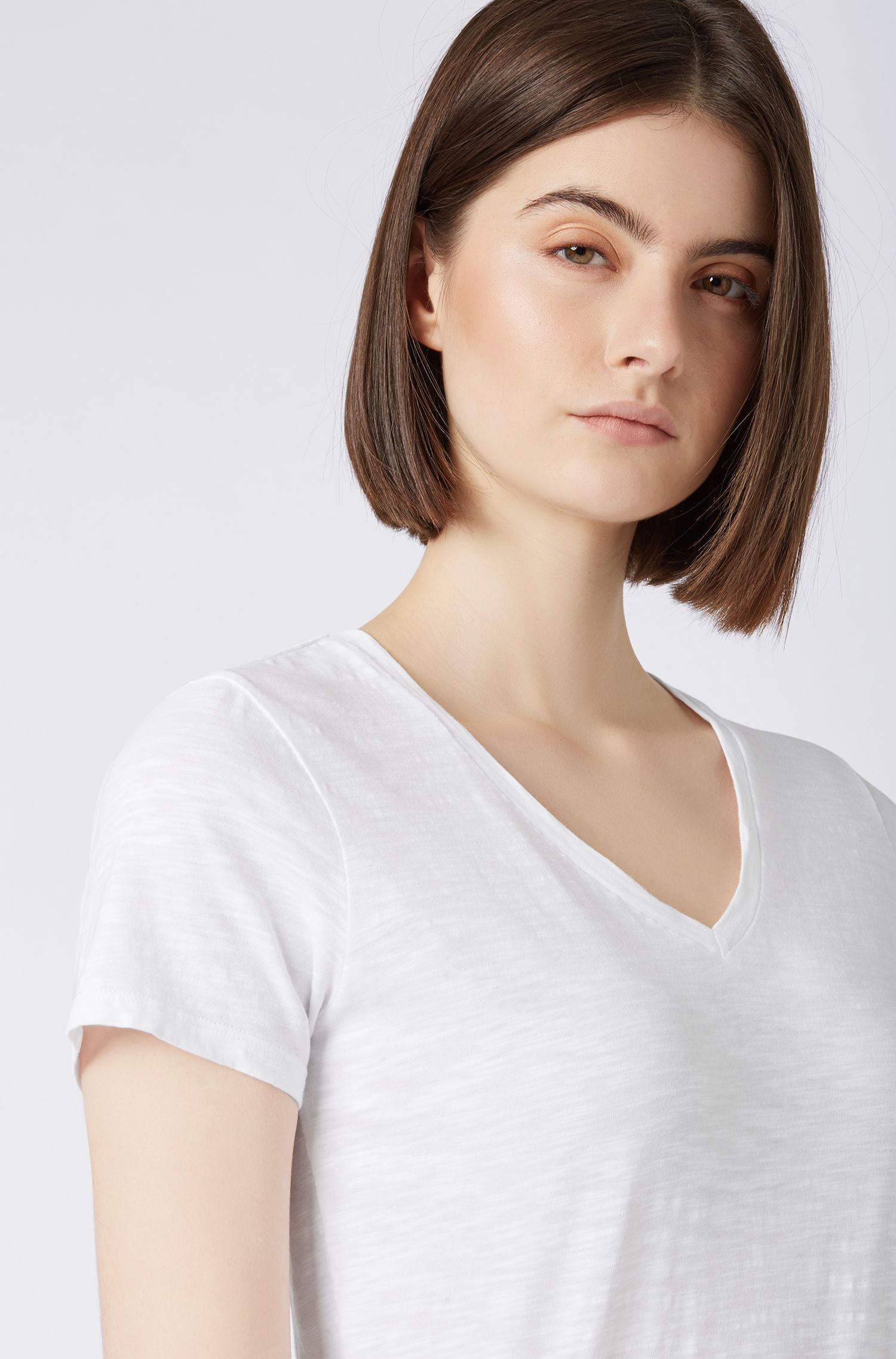 V-neck T-shirt in slub cotton with logo flag, White