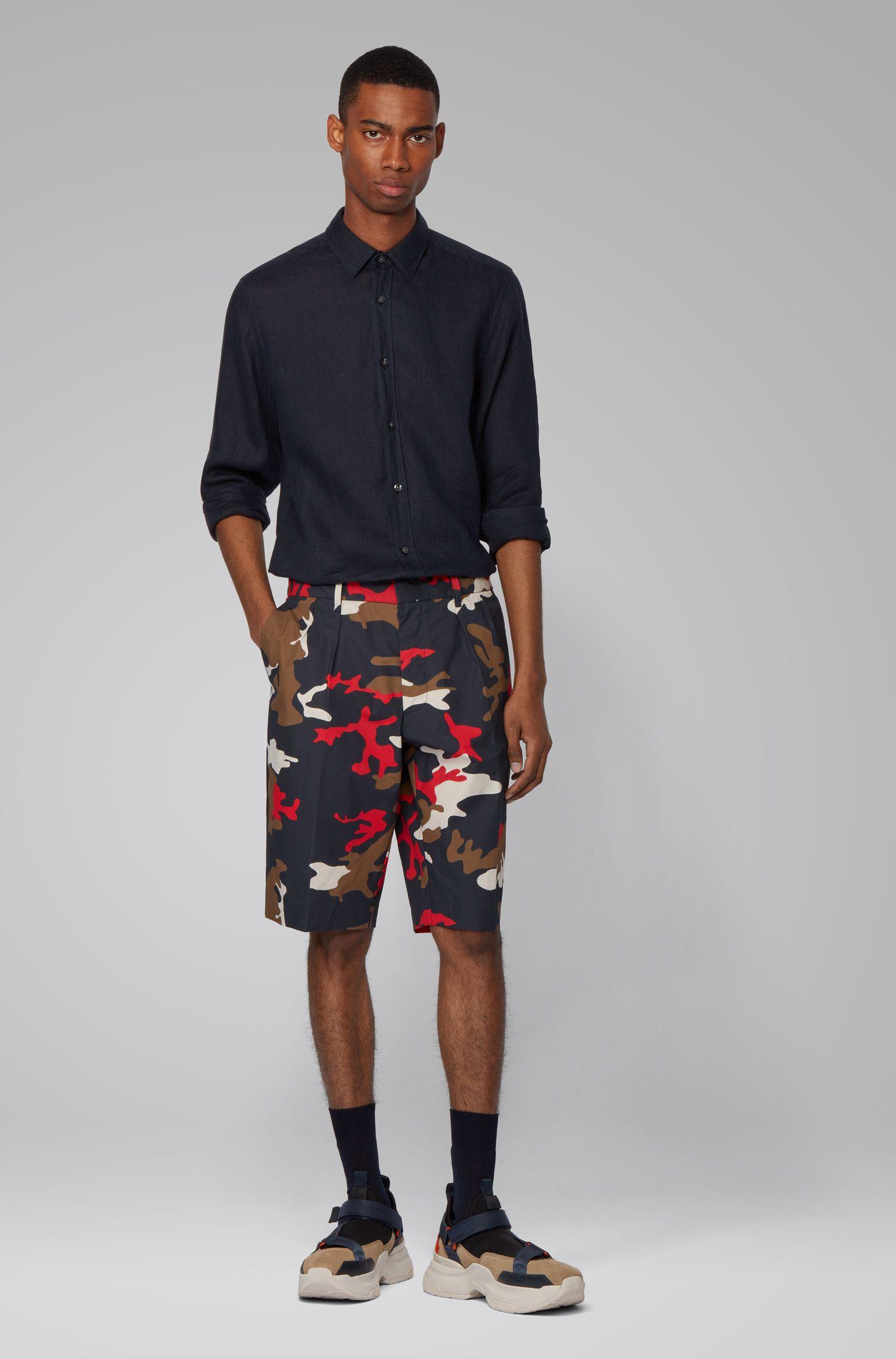 Regular-Fit Hemd aus Leinen mit umschlagbaren Ärmeln, Dunkelblau