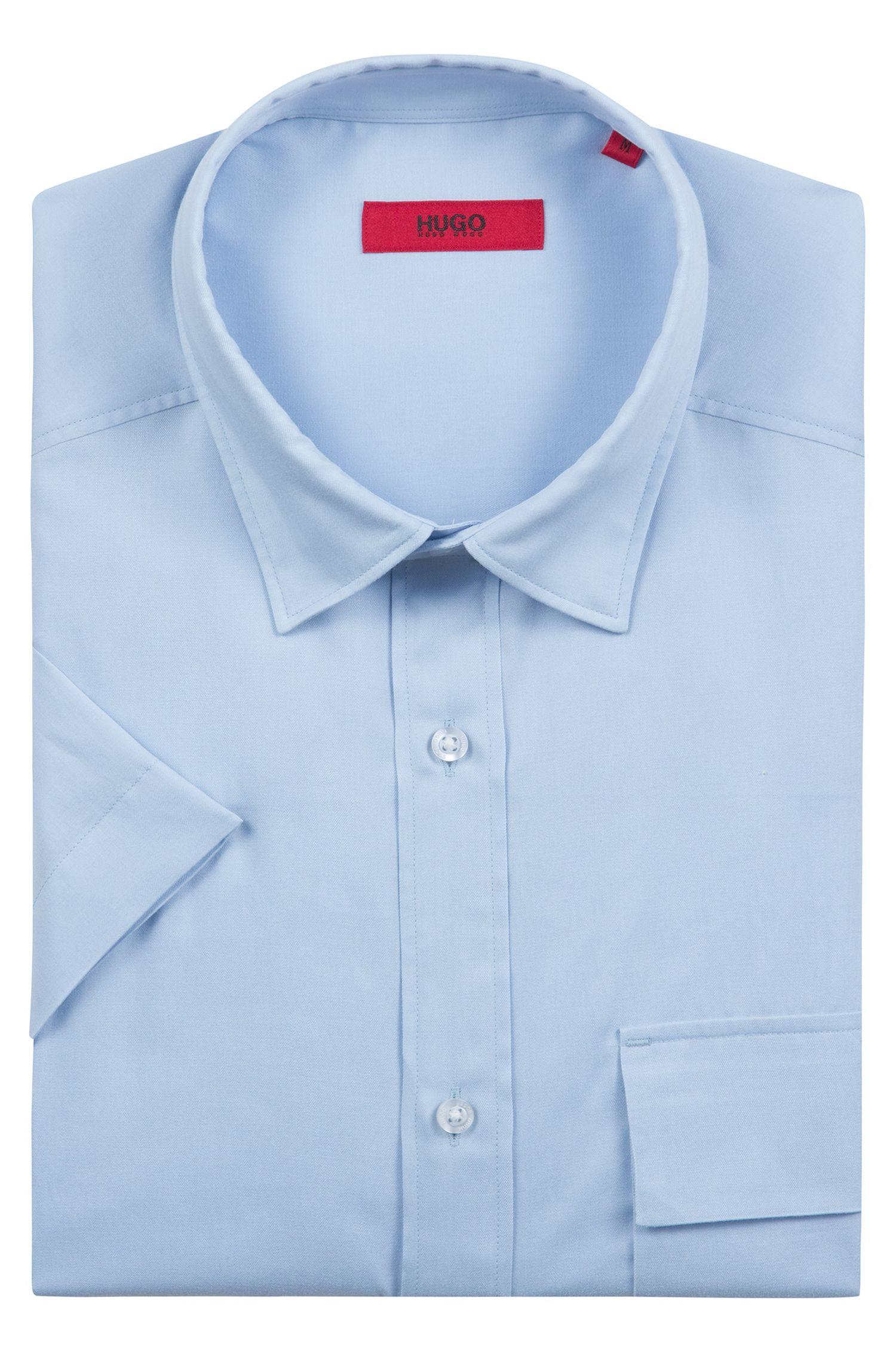 Oversized Hemd mit halblangen Ärmeln und aufgesetzter Tasche, Hellblau