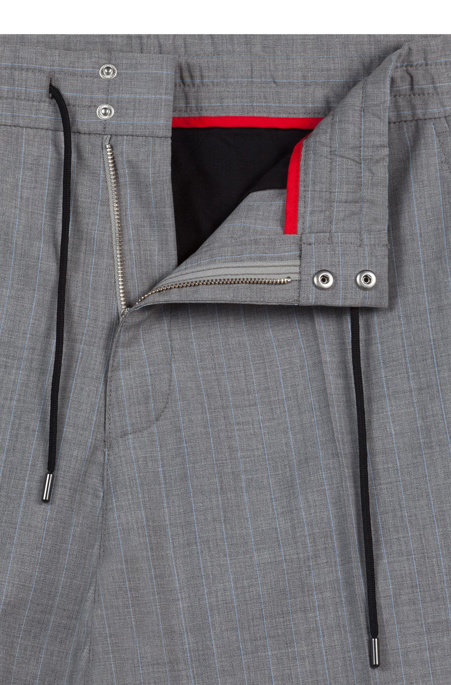 Pantalones tapered fit de raya diplomática con cintura con cordón, Gris