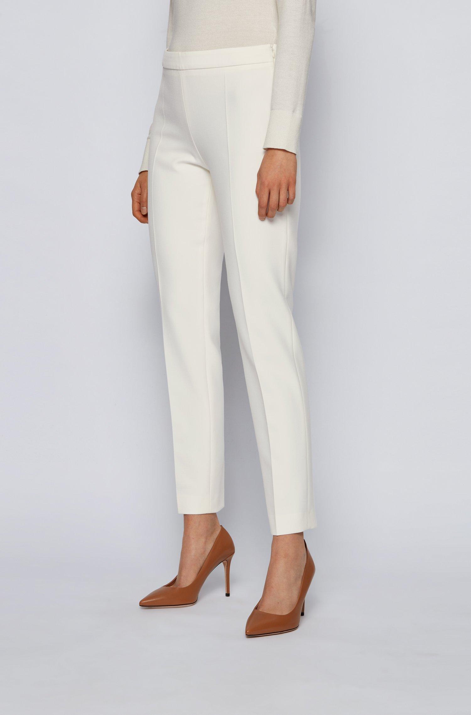 Kortere broek met slanke pijpen van Portugees stretchmateriaal, Wit