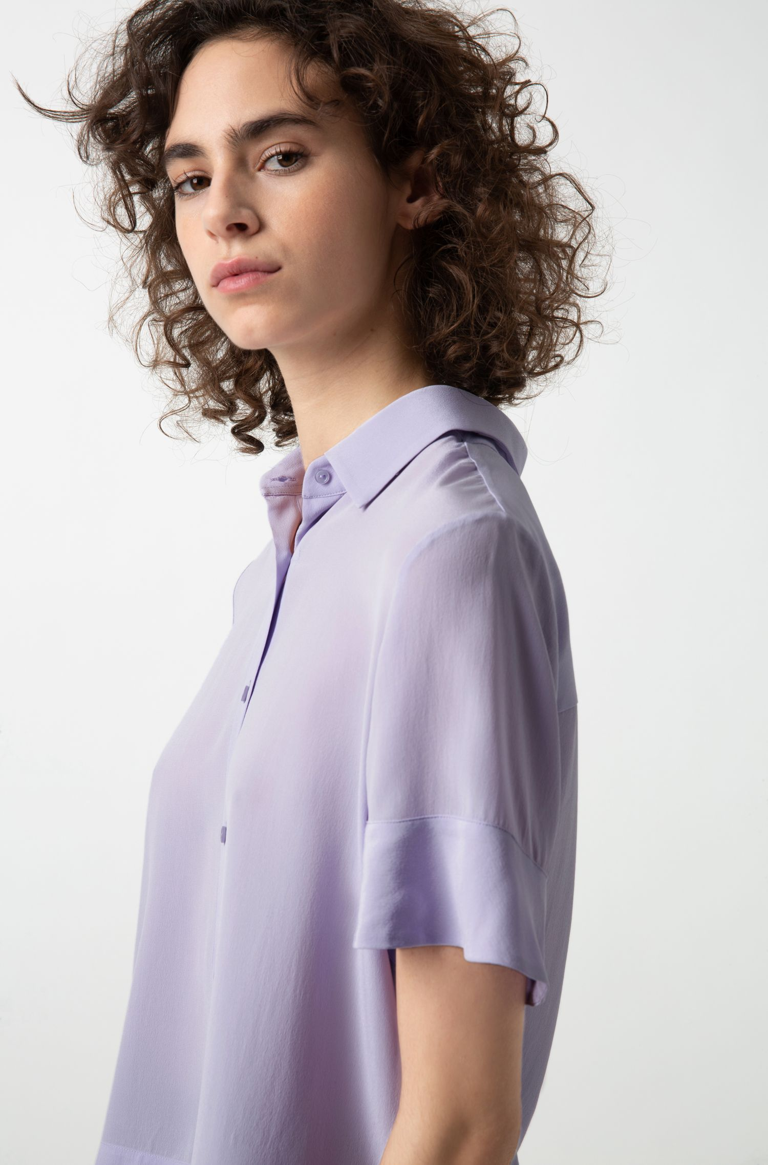 Kortere, relaxed-fit blouse van georgette-zijde, Lila