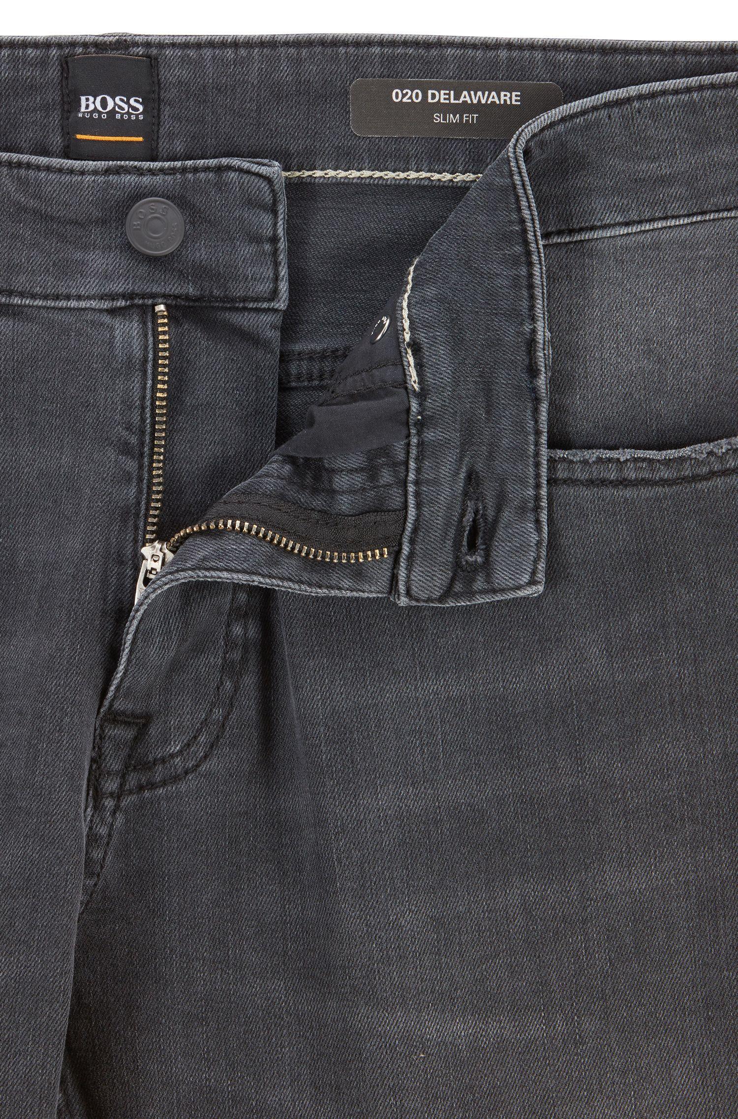 Slim-Fit Jeans aus Super-Stretch-Denim, Anthrazit