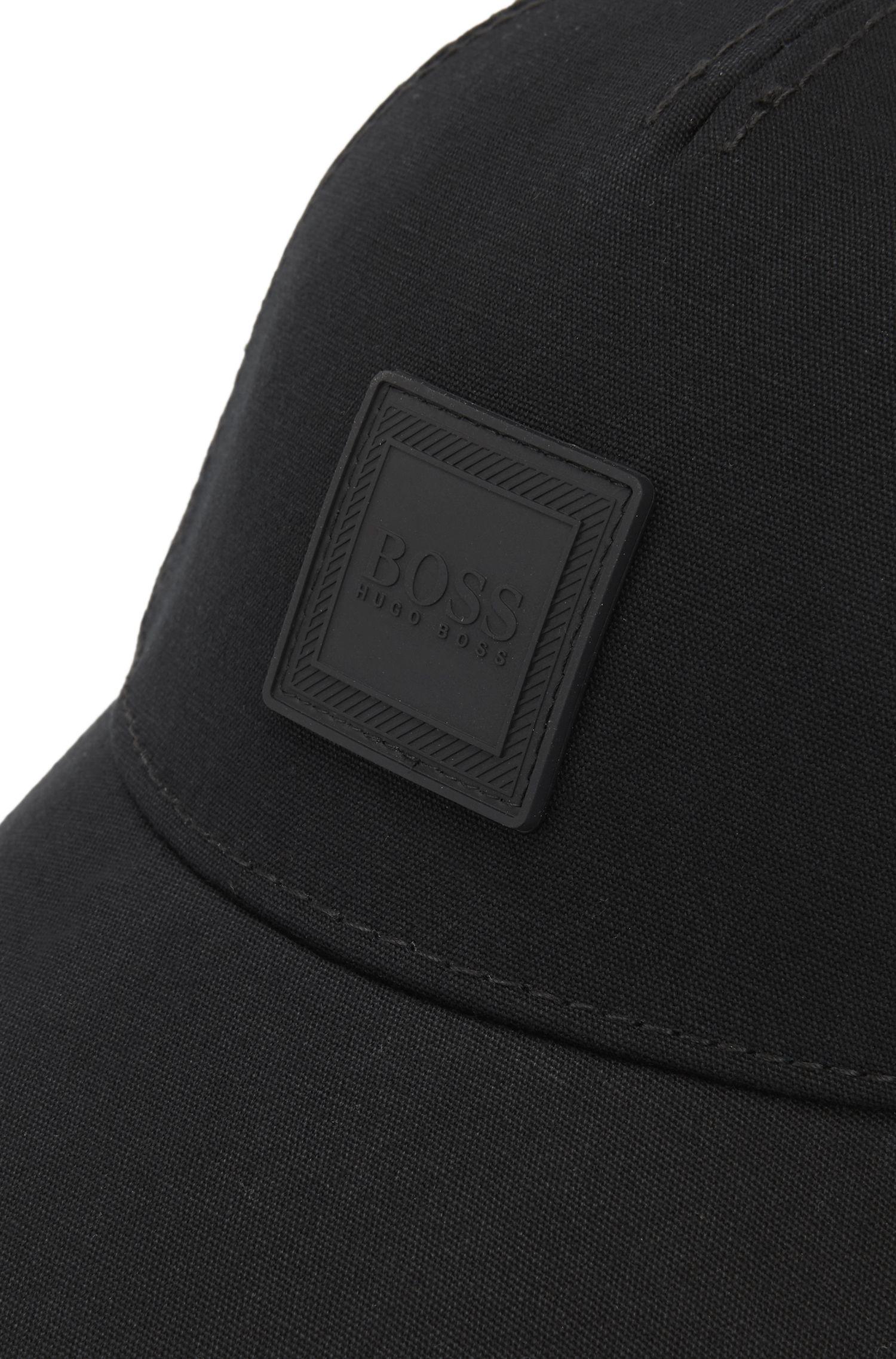 Adjustable cap in cotton canvas with silicone logo badge, Black