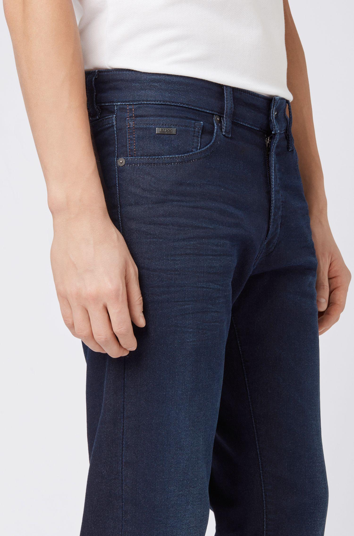Regular-Fit Jeans aus gestricktem Stretch-Denim in Used-Optik, Dunkelblau