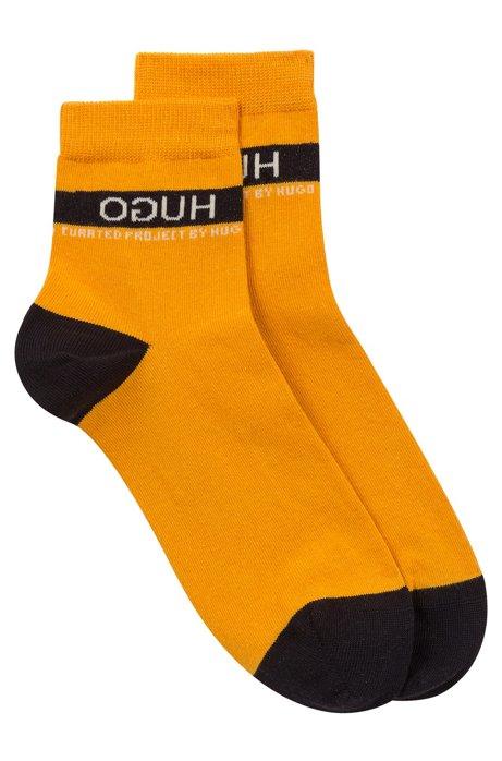 Unisex pop-colour short socks with reversed logo, Orange