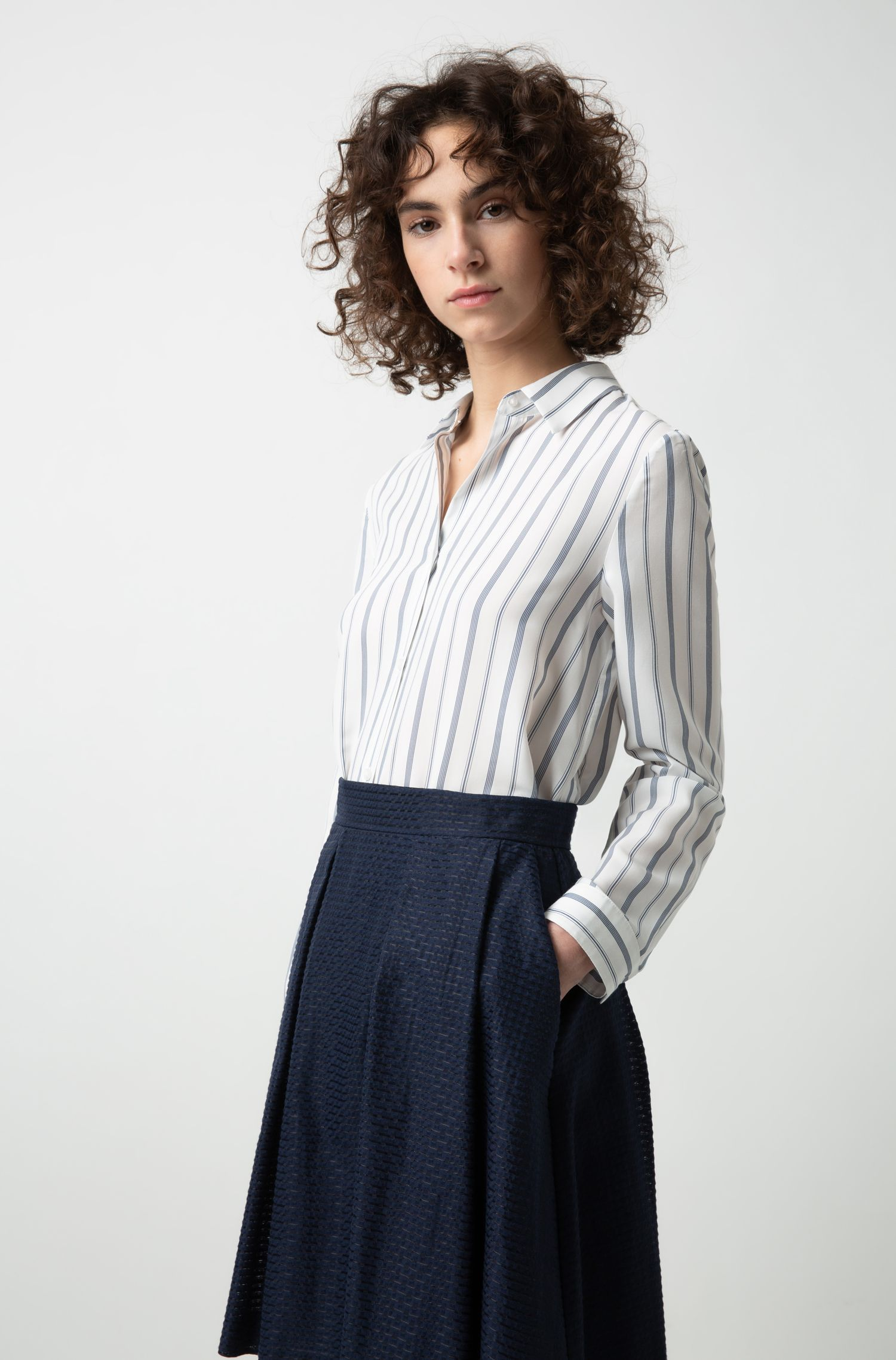 High-waisted A-line skirt in a structured cotton blend, Patterned