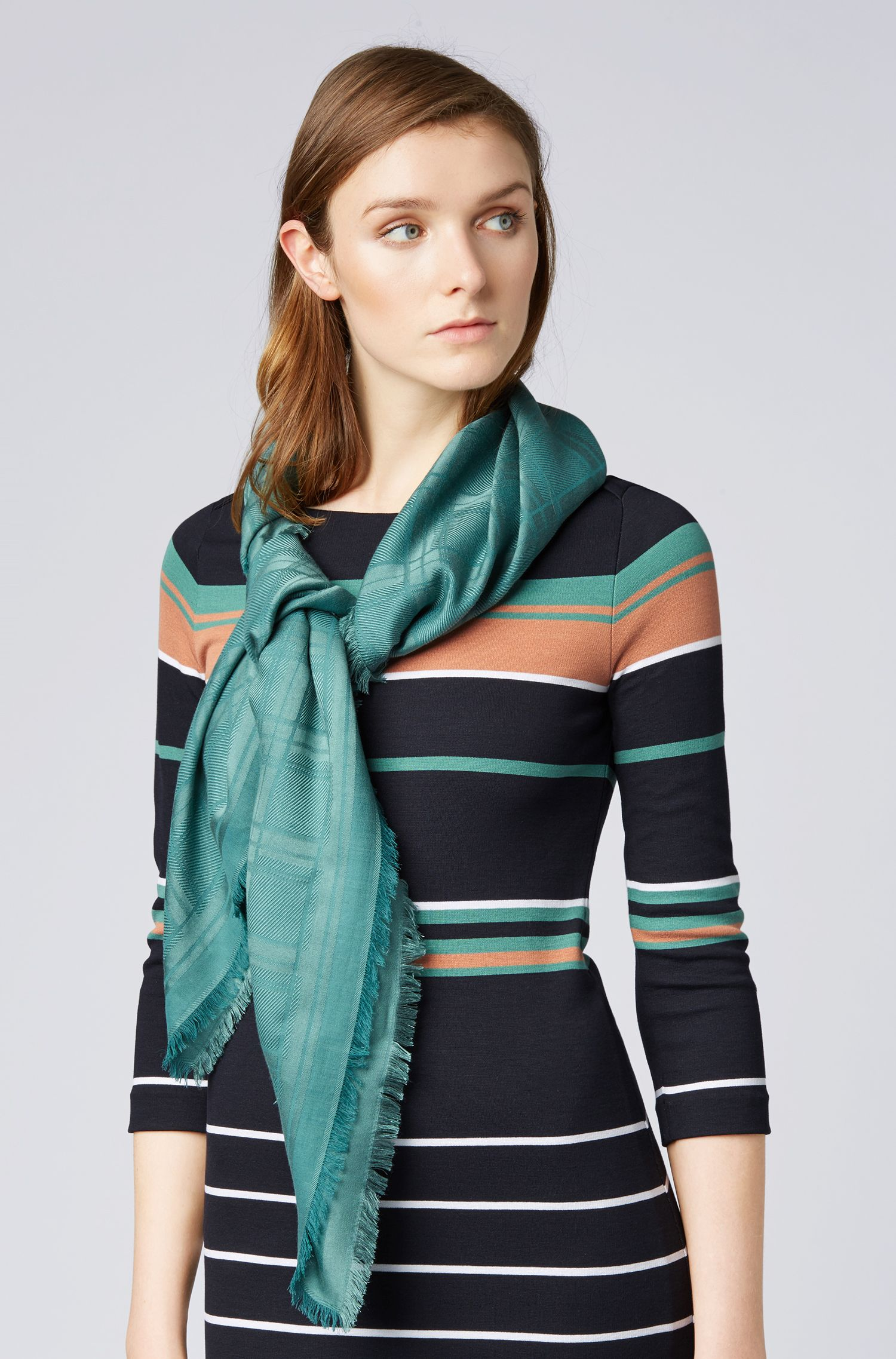 Square scarf in modal and wool with monochrome pattern, Green