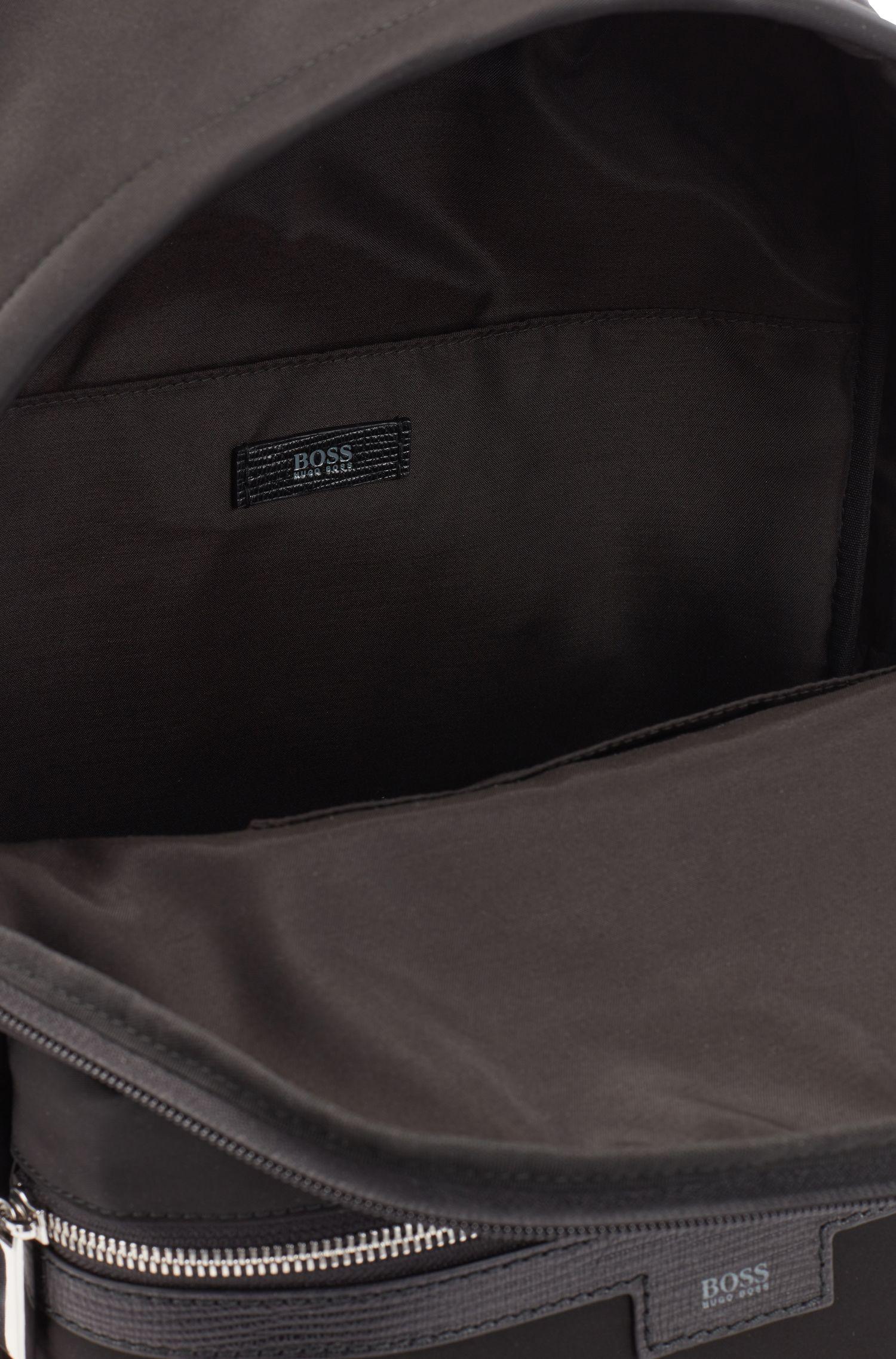 Zaino leggero in gabardine di tessuto tecnico con guarnizione in pelle, Nero
