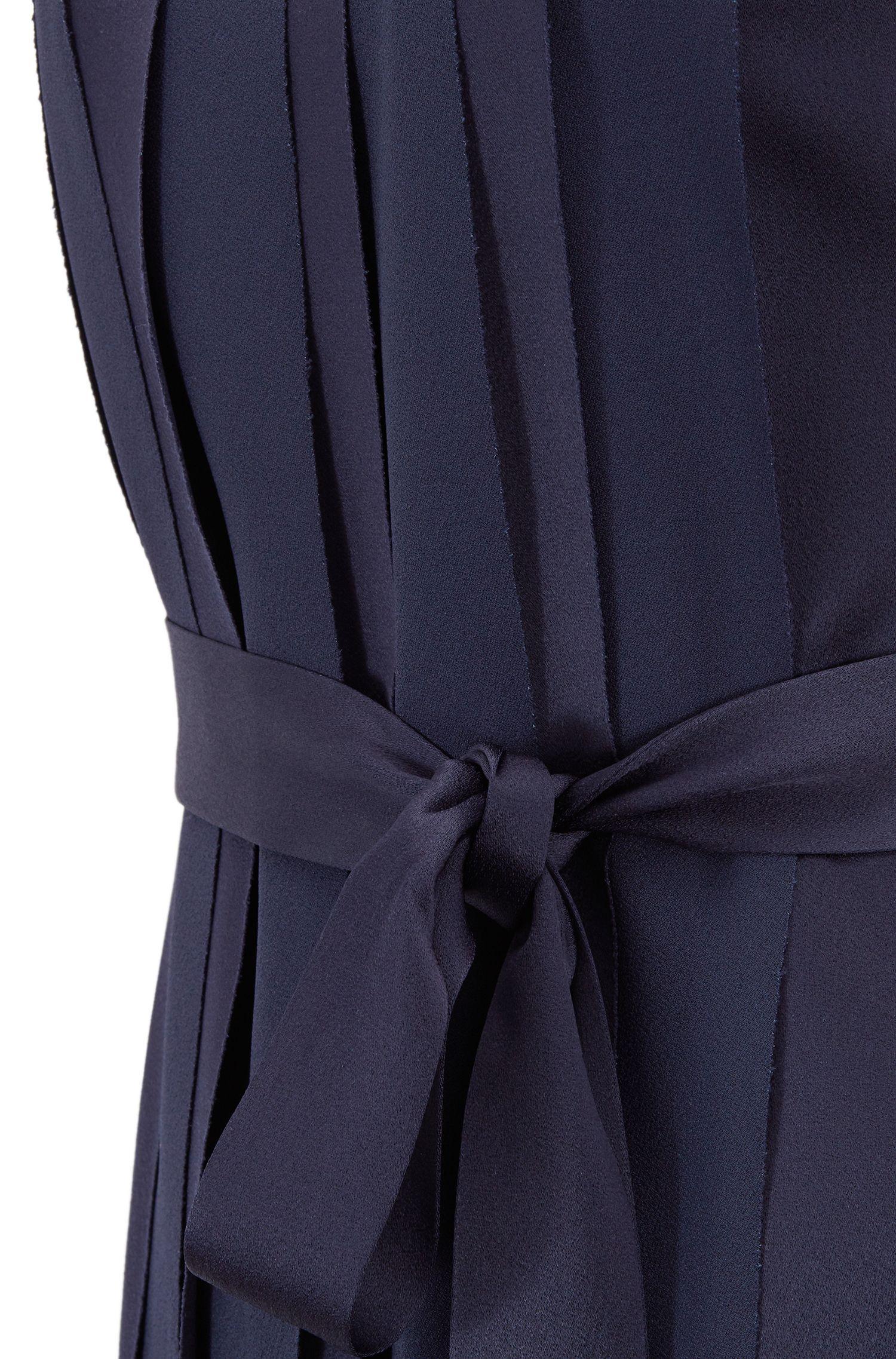 Mouwloze jurk van Italiaans materiaal met plooien aan de voorkant, Donkerblauw