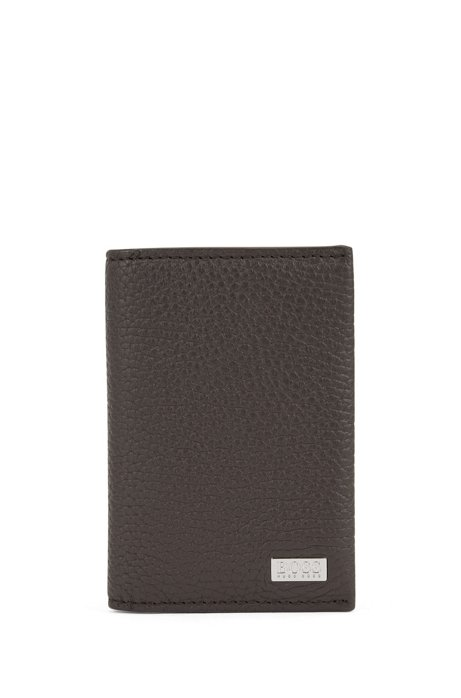 Card holder in grained Italian leather with logo plate, Dark Brown