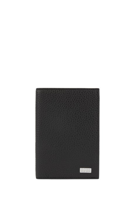 Passport holder in grained leather, Black