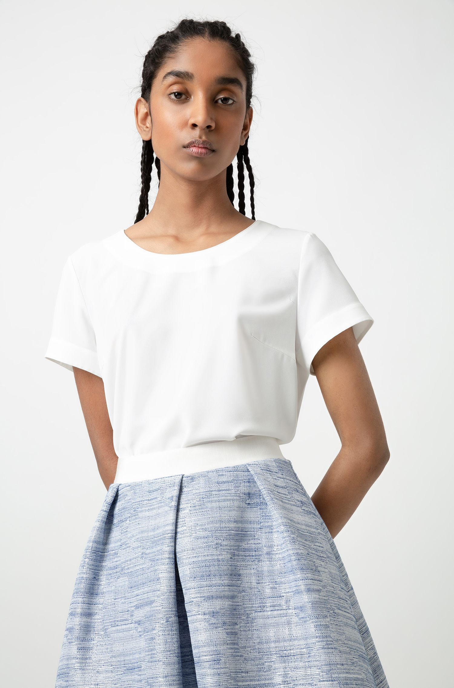 A-line skirt with elasticated waist and pleated front, Patterned