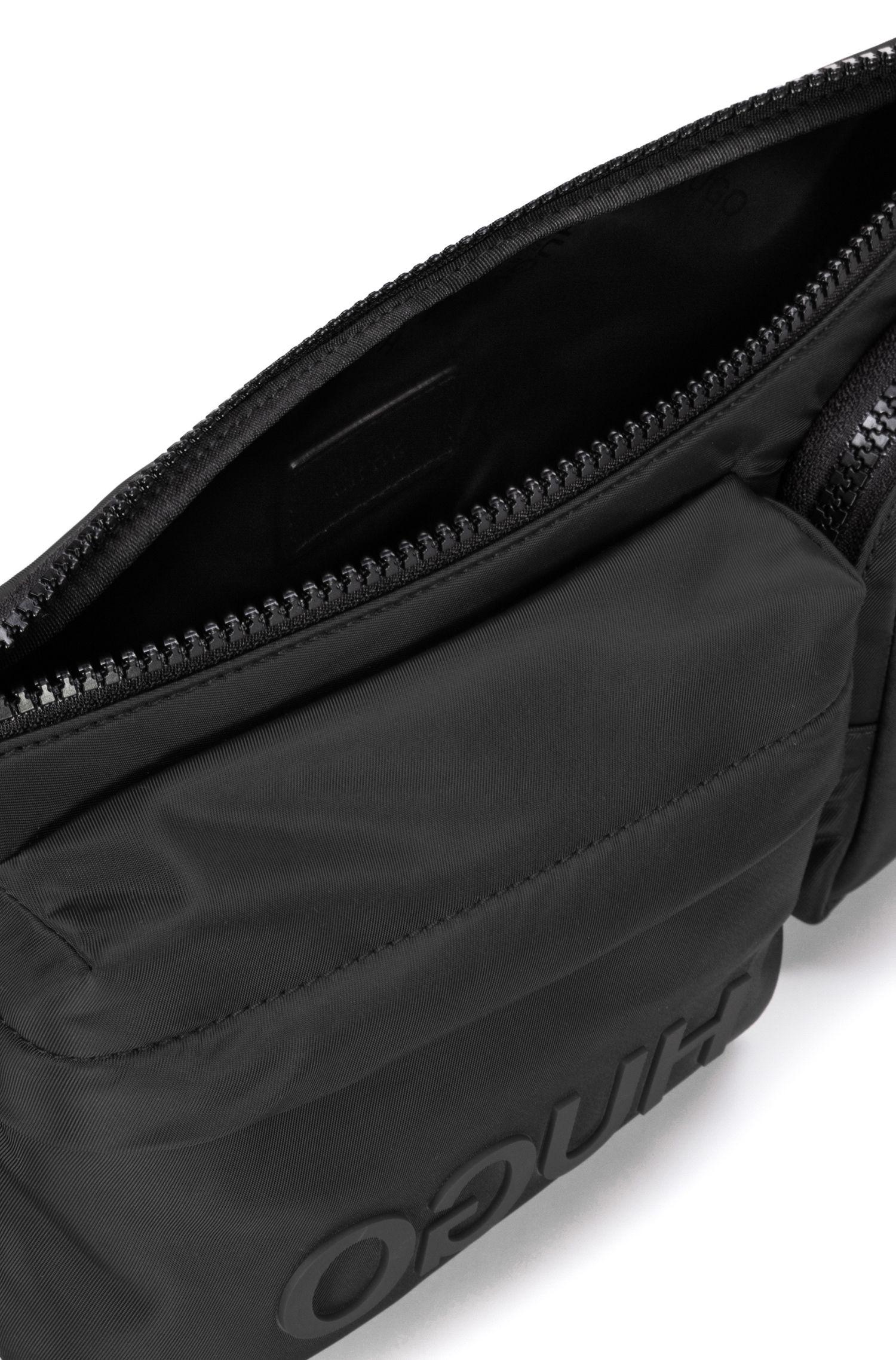 Gürteltasche aus Nylon-Gabardine mit Reversed-Logo und mehreren Fächern, Schwarz