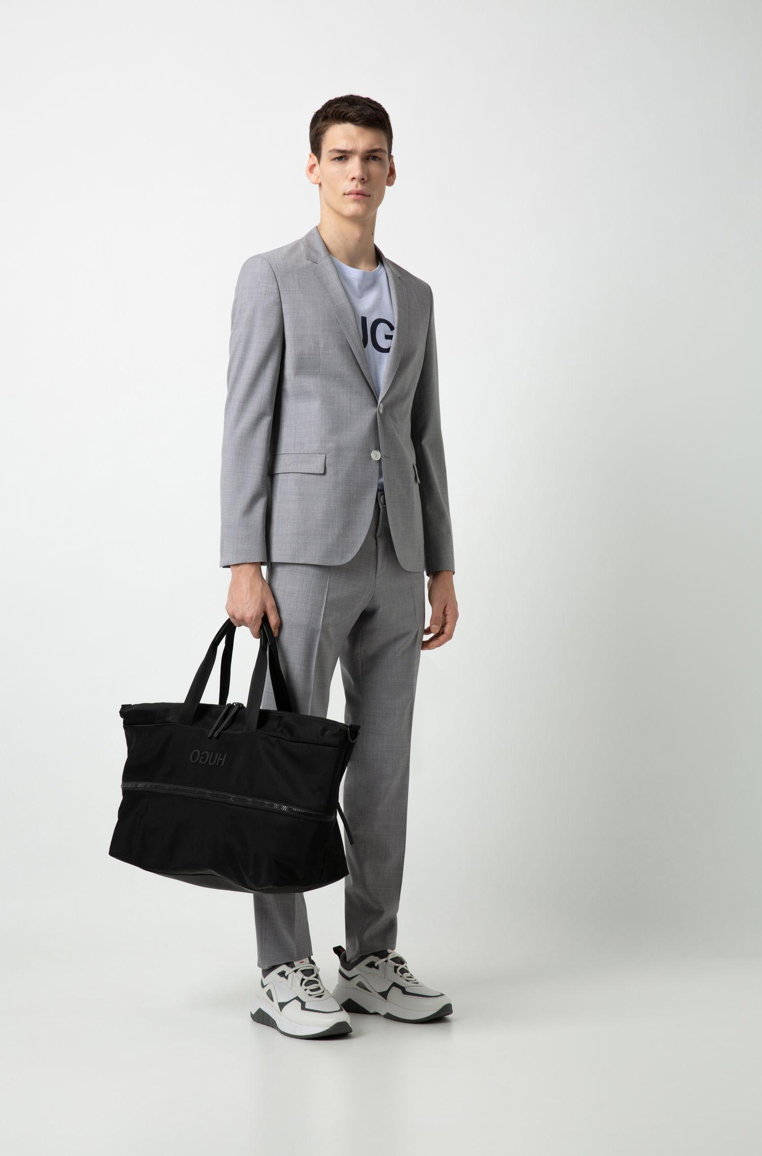 Hugo Boss - Amplio bolso weekender extensible en tejido de gabardina de nylon con logo invertido - 2
