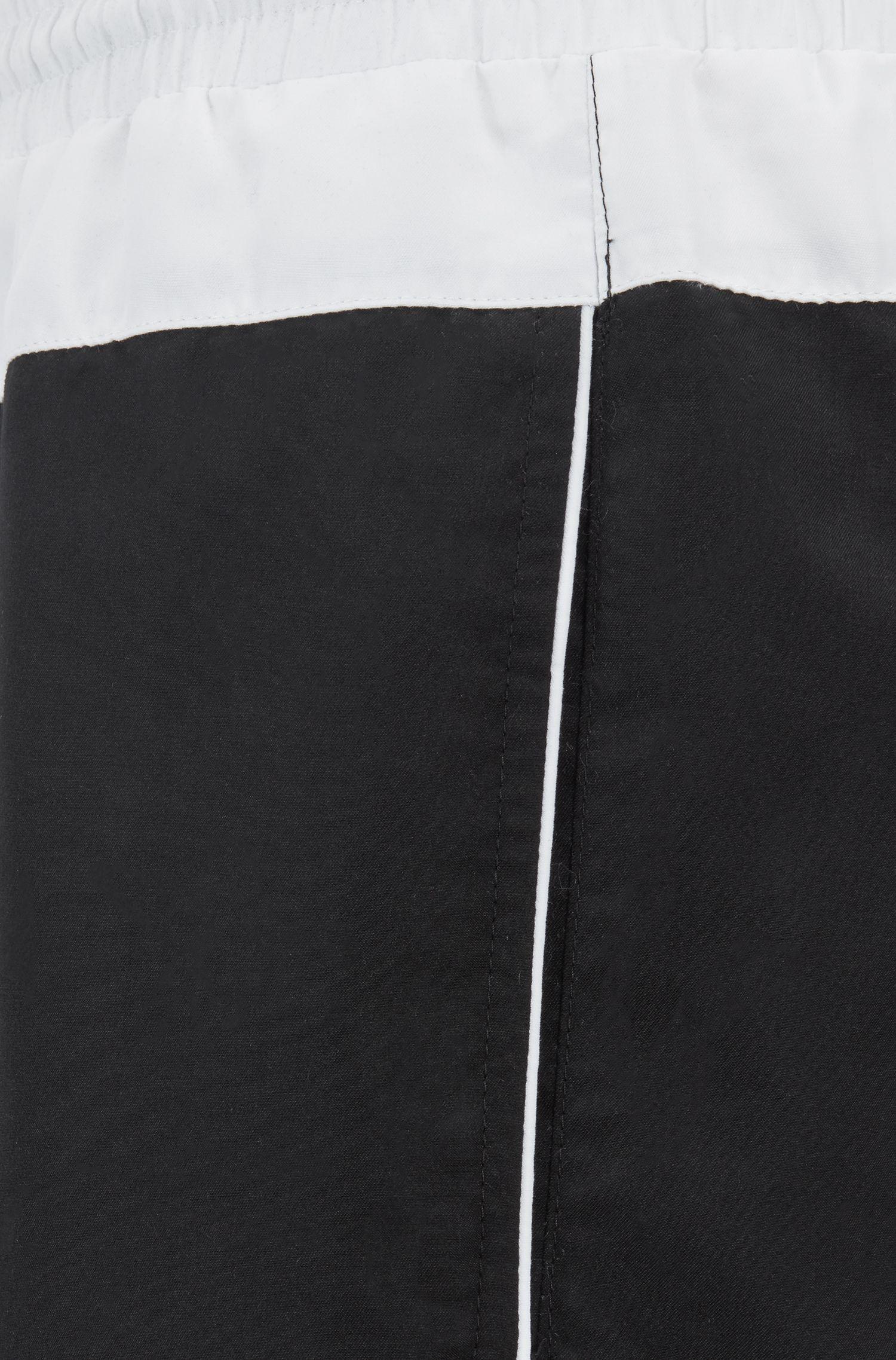 Ensemble de plage avec serviette, sac à dos et short de bain, Noir