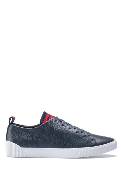 Hugo Boss - Sneakers aus genarbtem Leder mit origineller Schnürung - 1