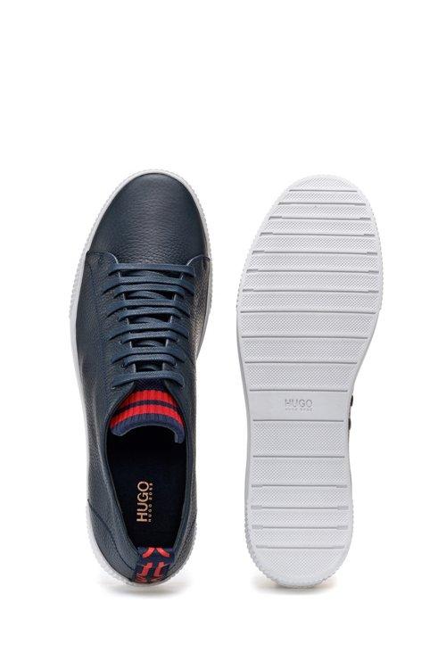 Hugo Boss - Sneakers aus genarbtem Leder mit origineller Schnürung - 4