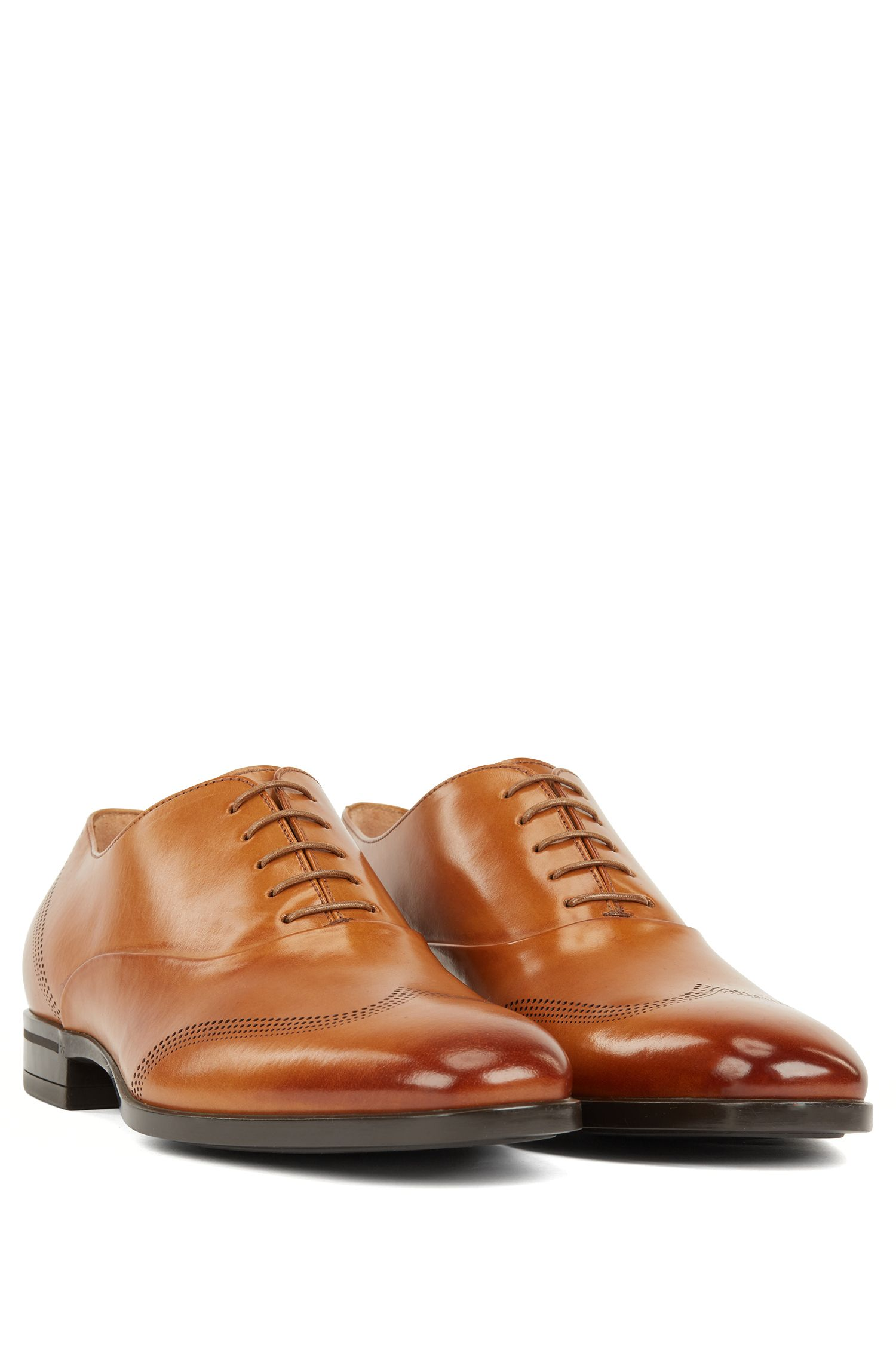 Oxford shoes in calf leather with laser-cut detailing, Brown