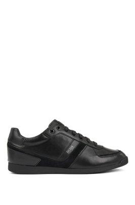 Sneakers in pelle a basso profilo con fodera interna in carbone di bambù, Nero