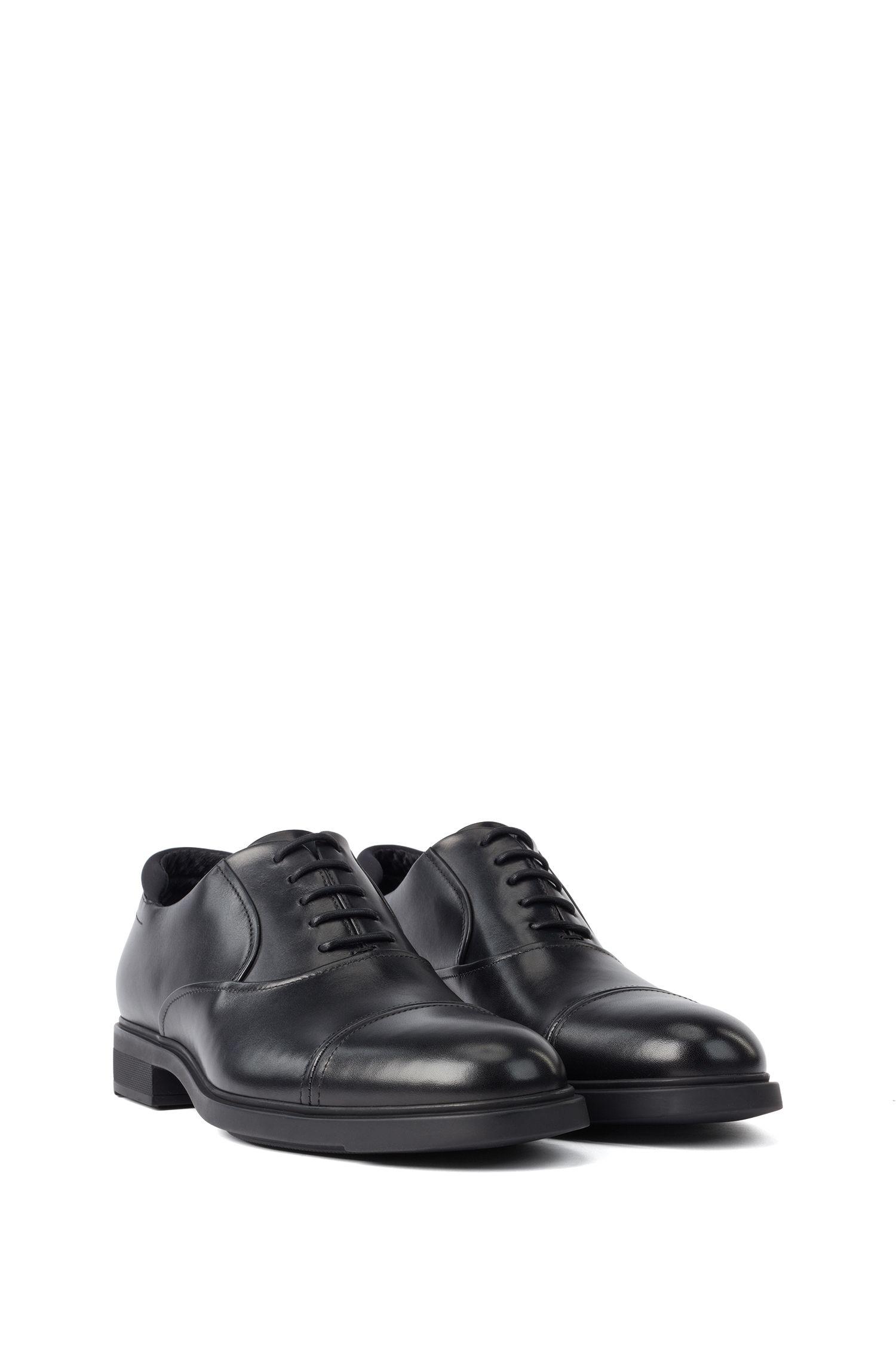 Oxford-Schuhe aus Leder mit Outlast®-Futter, Schwarz