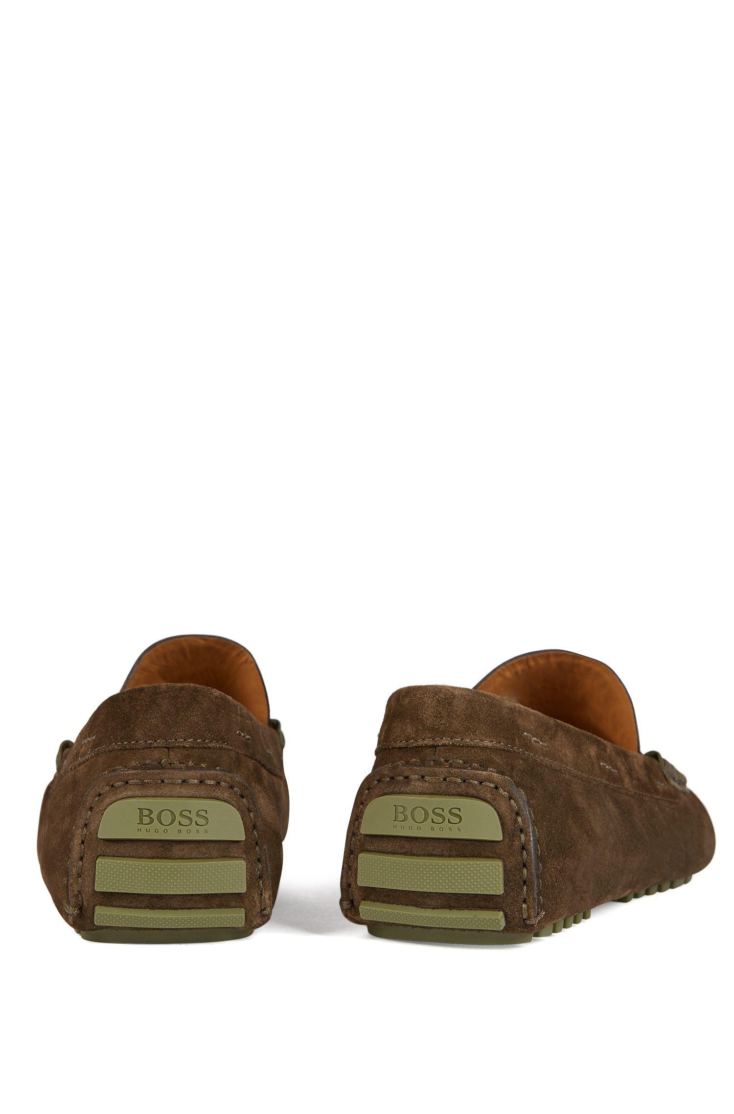 Mocasines de ante de becerro fabricados en Italia con ribete de zapato americano, Verde oscuro