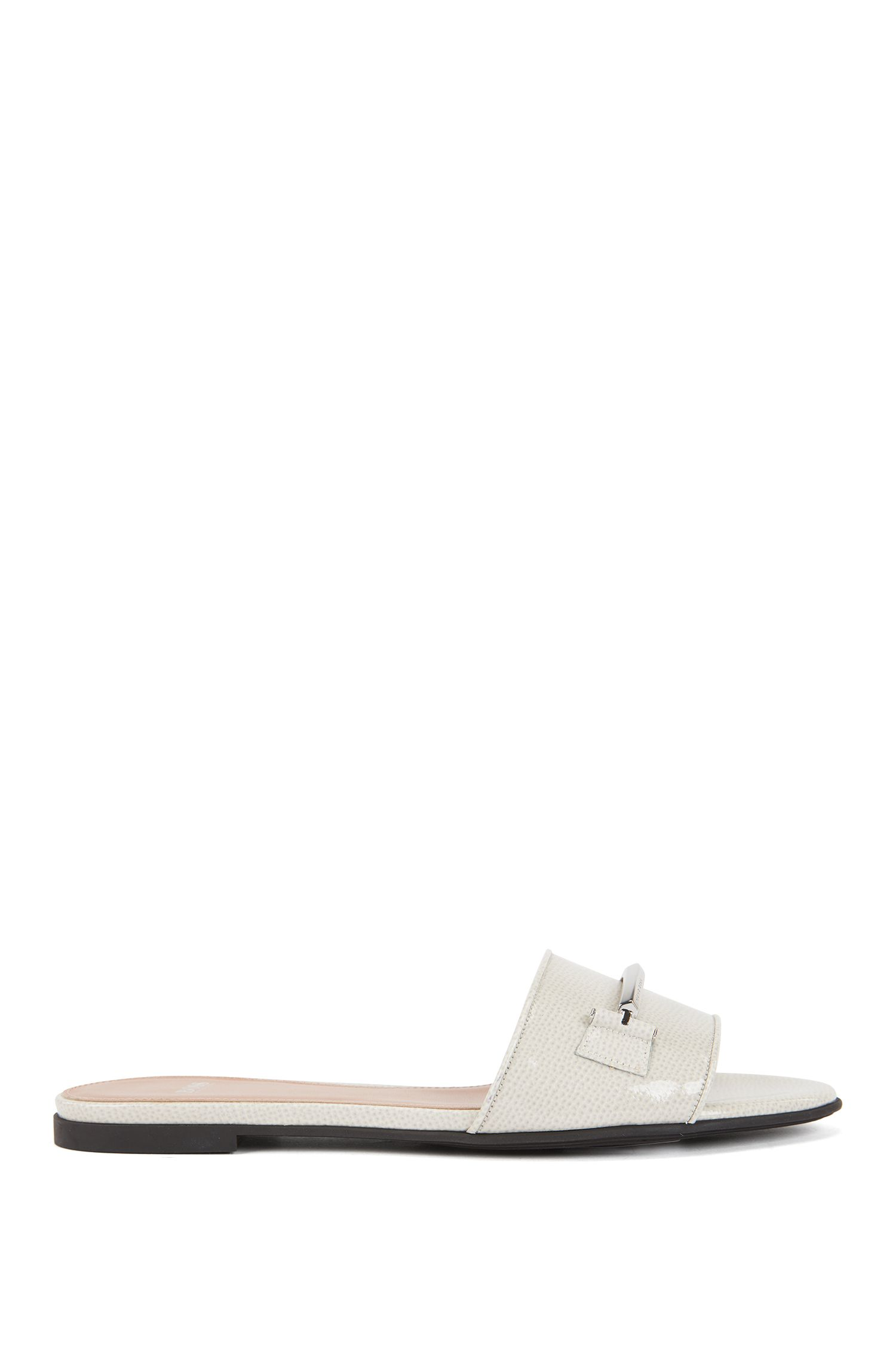 Slides in saffiano-printed Italian leather with signature hardware, Light Grey