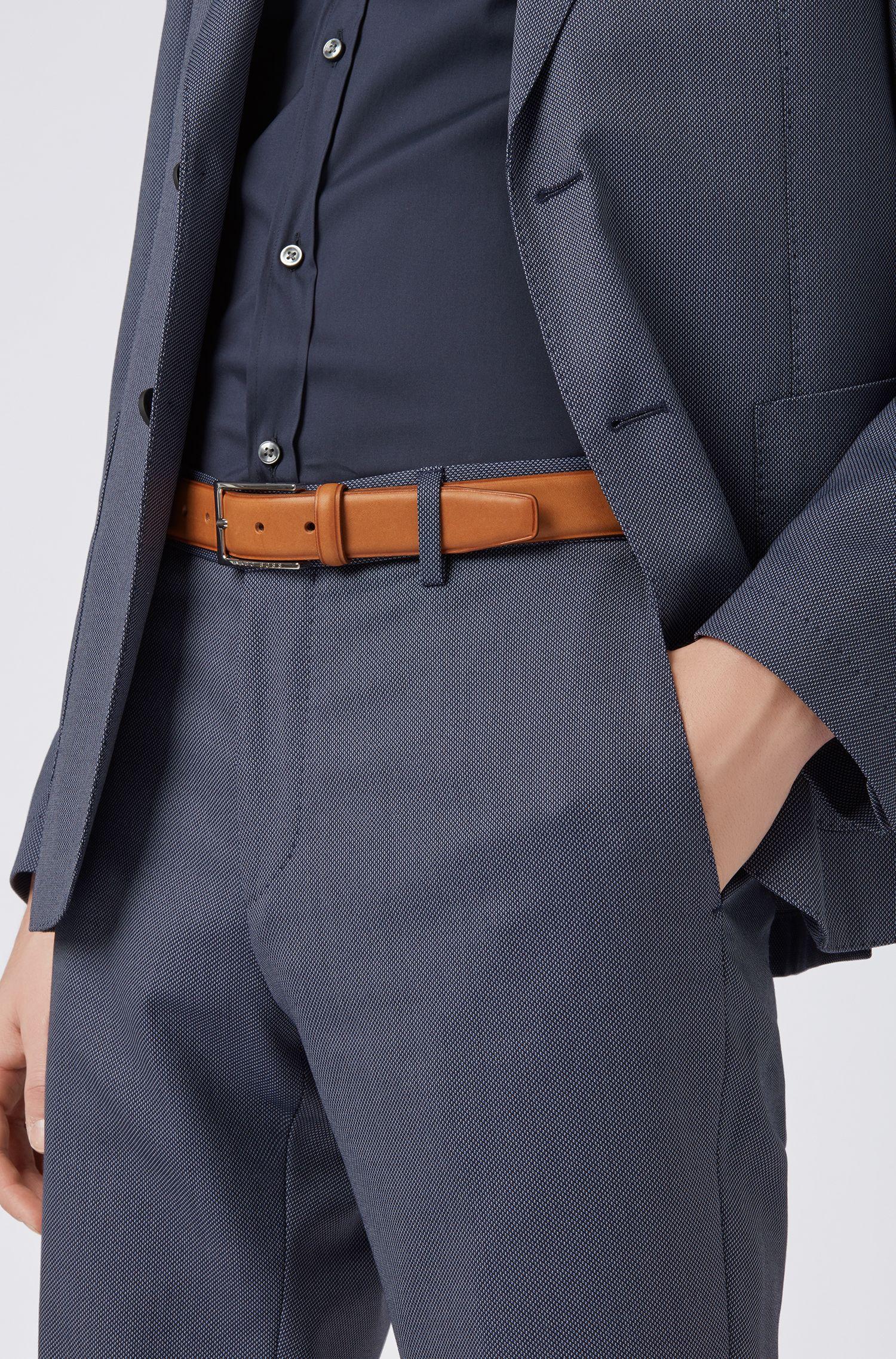 Cintura in pelle con fibbia ad ardiglione e dettagli goffrati a caldo, Marrone