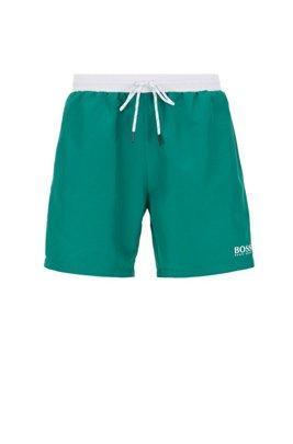 Bañador tipo shorts de largo medio en tejido de secado rápido, Verde