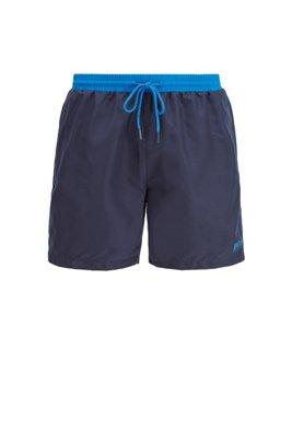Bañador tipo shorts de largo medio en tejido de secado rápido, Azul oscuro